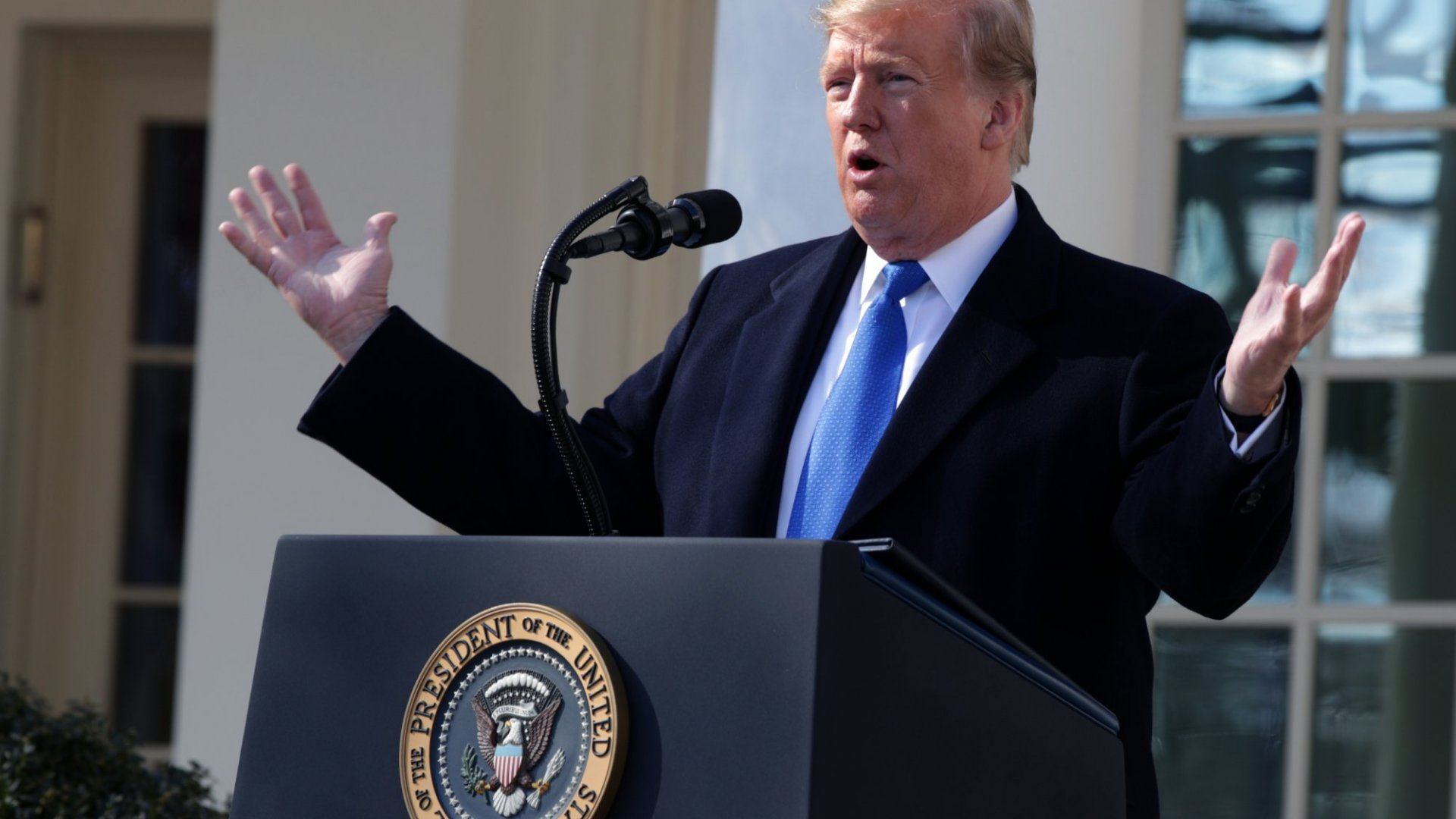 3 Public Speaking No-No's Leaders Can Learn From Trump's National Emergency Speech Declaration
