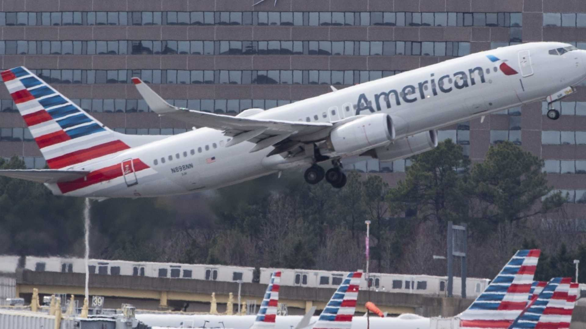 Parents Say American Airlines Held Unaccompanied Children Overnight With No Meals at Charlotte Airport