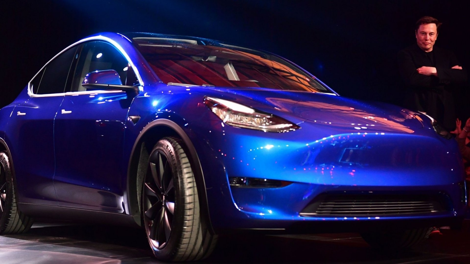 Elon Musk Makes a Massive Bet on a New SUV (and Finally Gets an Ending for a Lame Joke)