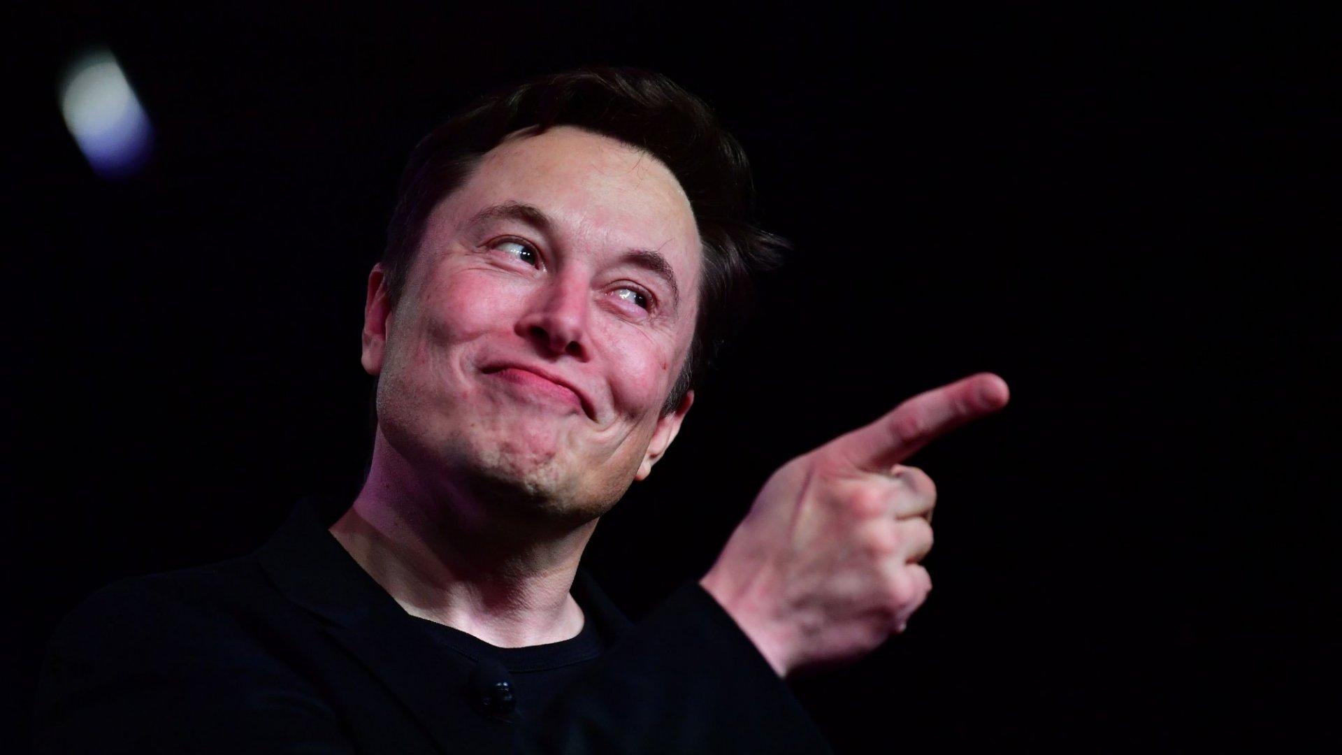 11 of the Funniest Things Elon Musk Has Ever Tweeted