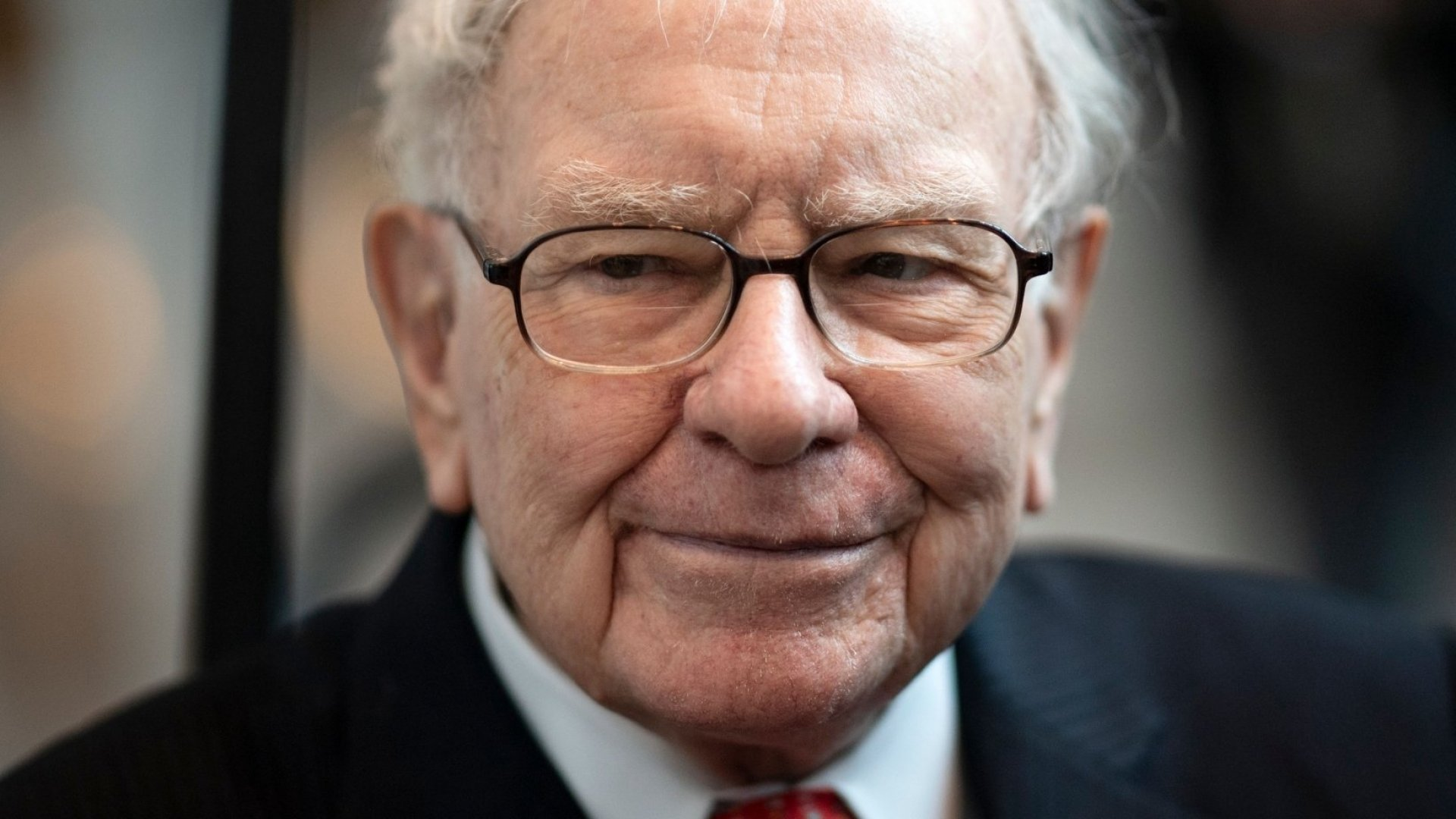 Warren Buffett Says This Is How You Can Instantly Spot a Great Leader