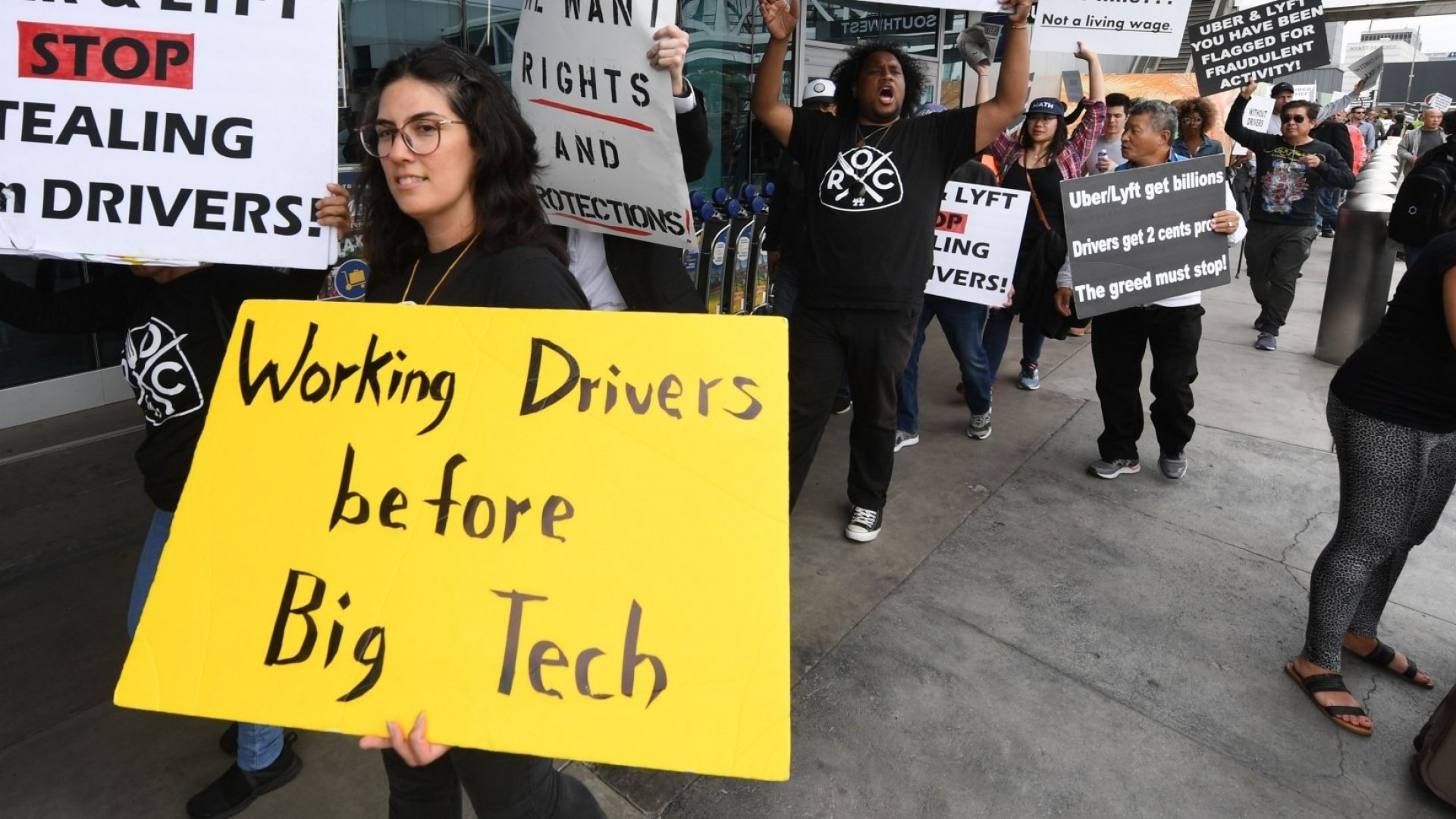 Uber Says New California Employment Law Doesn't Matter Because Rides Aren't Its Core Business