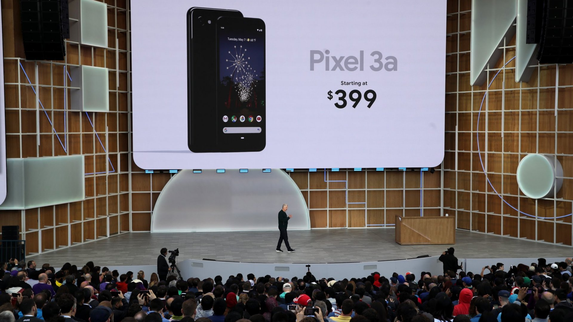 Why It May Be Time to Drop the iPhone and Get the Google Pixel 3a for Your Business