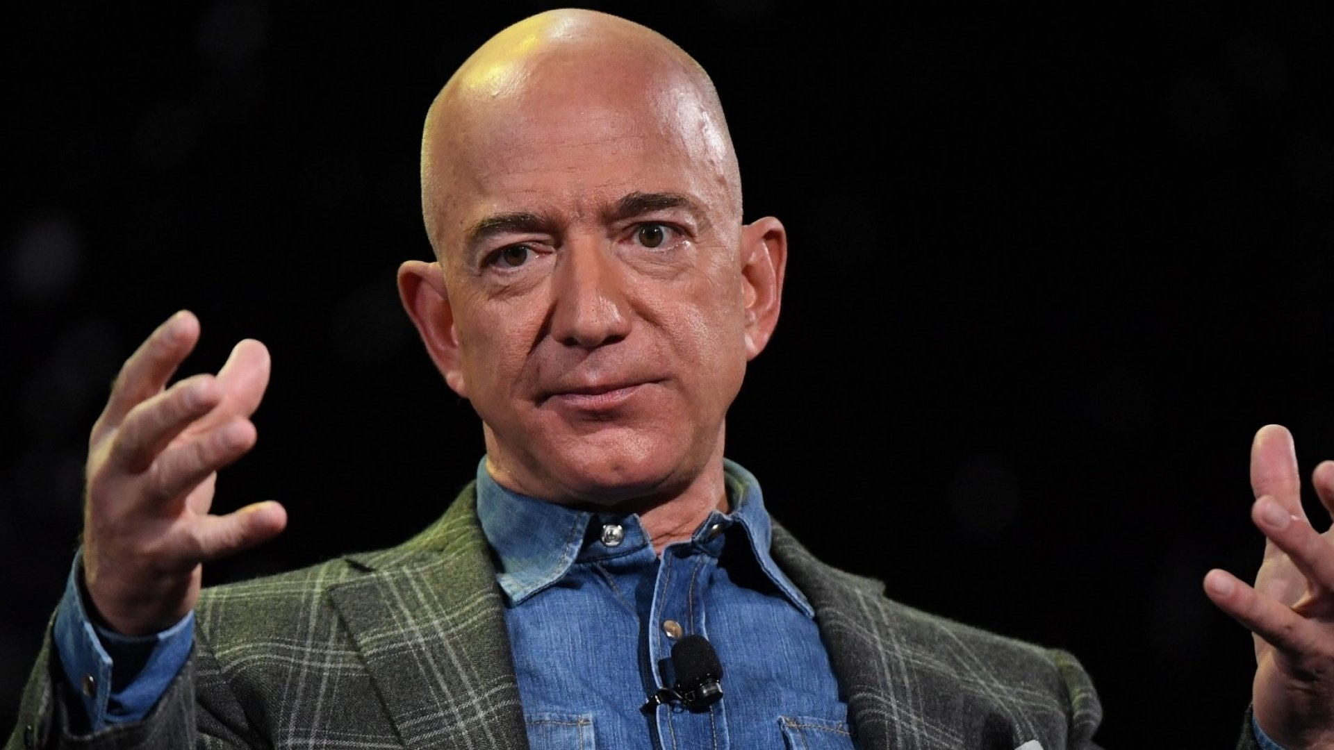 Amazon's $690,000 Donation to Australian Wildfire Relief Is a Massive PR Failure. Here's Why