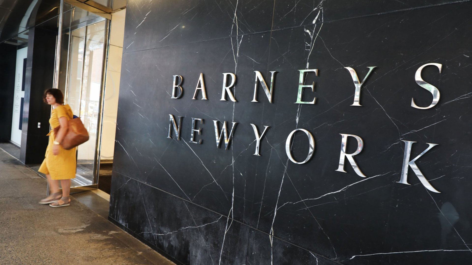 Stay Paranoid, Expect Obsolescence, and Other Powerful Lessons From the Collapse of Barney's