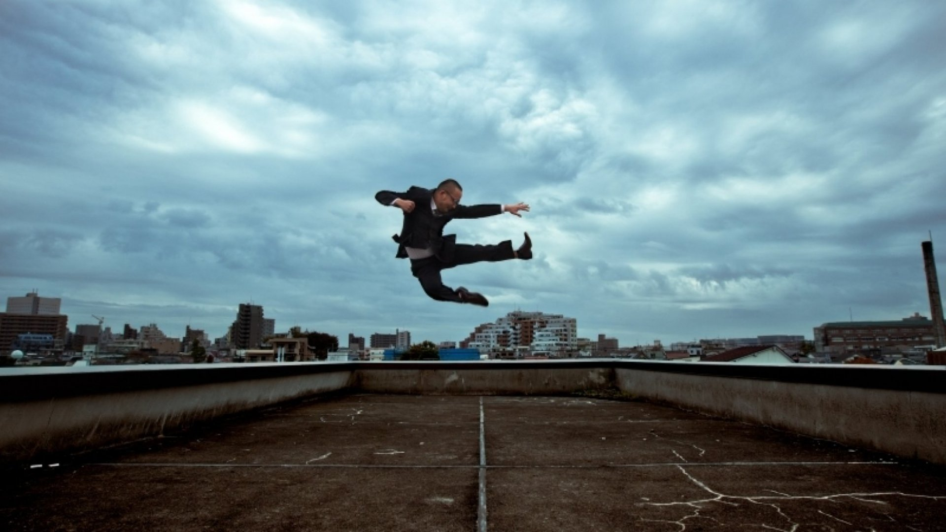 How to Defy Limits By Raising Your Strategic Game