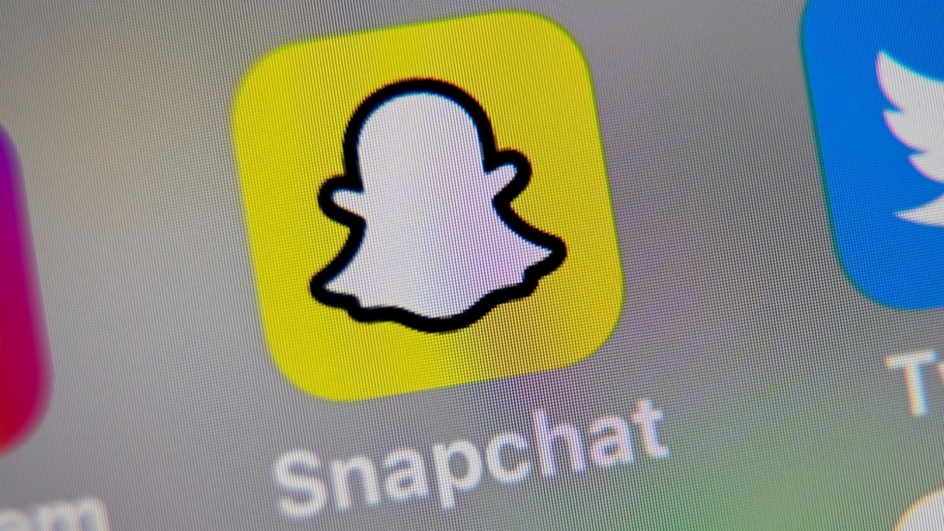 4 Tips on Running a Snapchat That Engages Your Customers