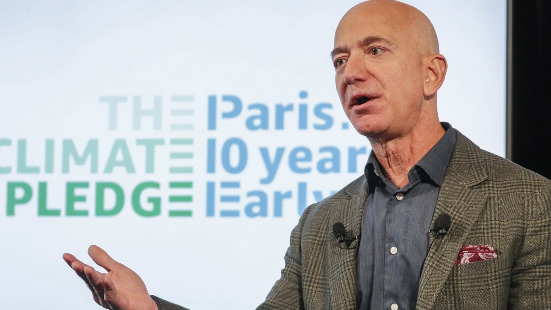 Amazon Just Bowed to Employee Pressure and Agreed to Use 100 Percent Clean Energy by 2030