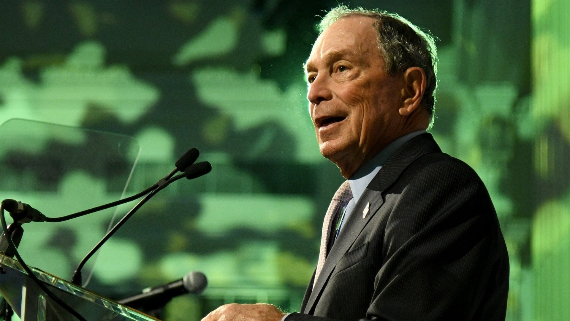 5 Personal Finance Tips From Billionaires Michael Bloomberg, Warren Buffett, and Ray Dalio