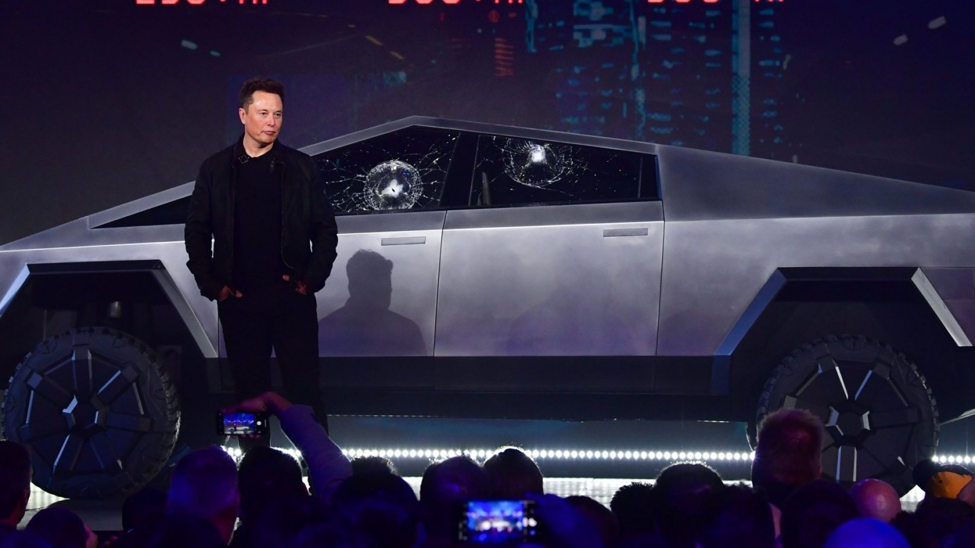 Elon Musk Completely Ignores Market Research. Here's When You Should Too