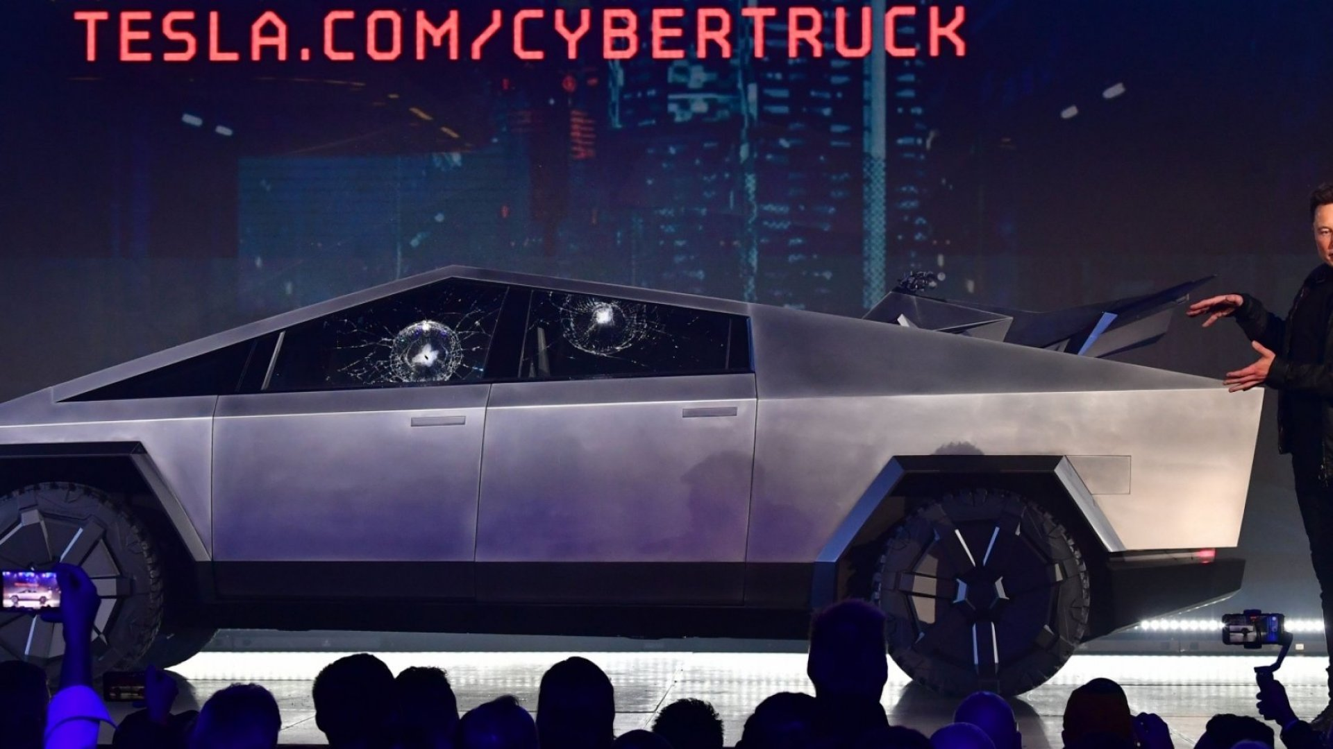 Elon Musk Explains Why Cybertruck Windows Were Broken During a Demo. People on Twitter Are Skeptical