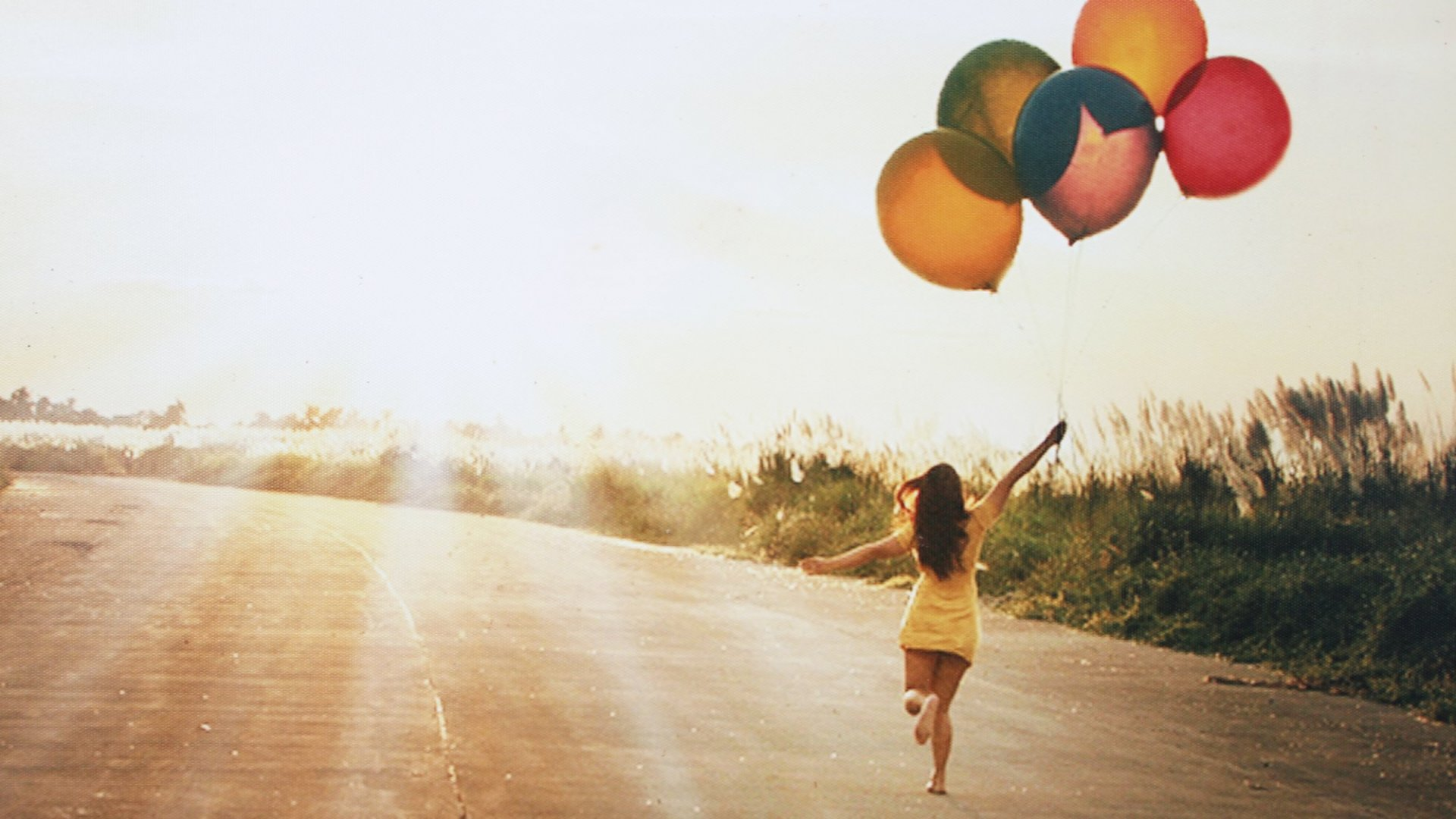 30 Powerful Habits That Encourage Happiness and Mental Strength