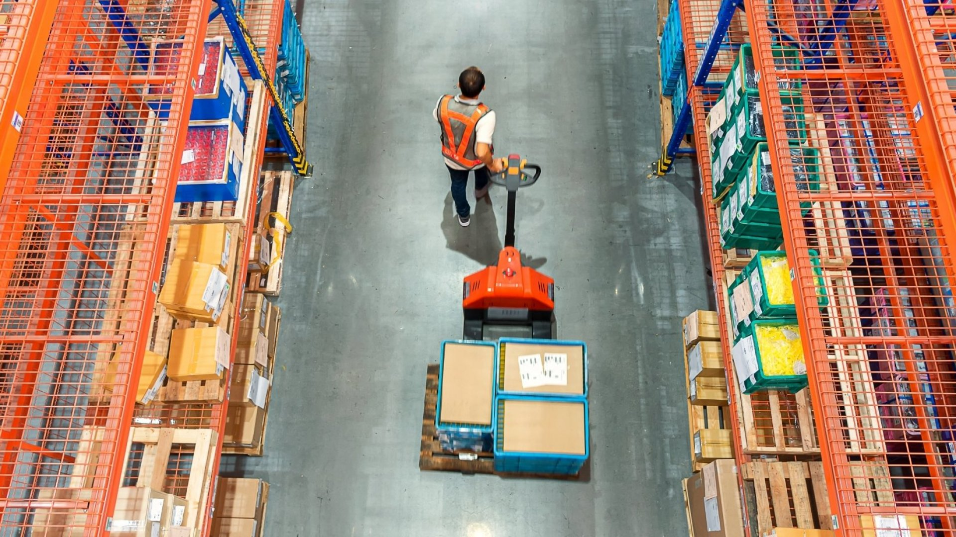 Use These 7 Steps to Keep Your Warehouse Workers Safe