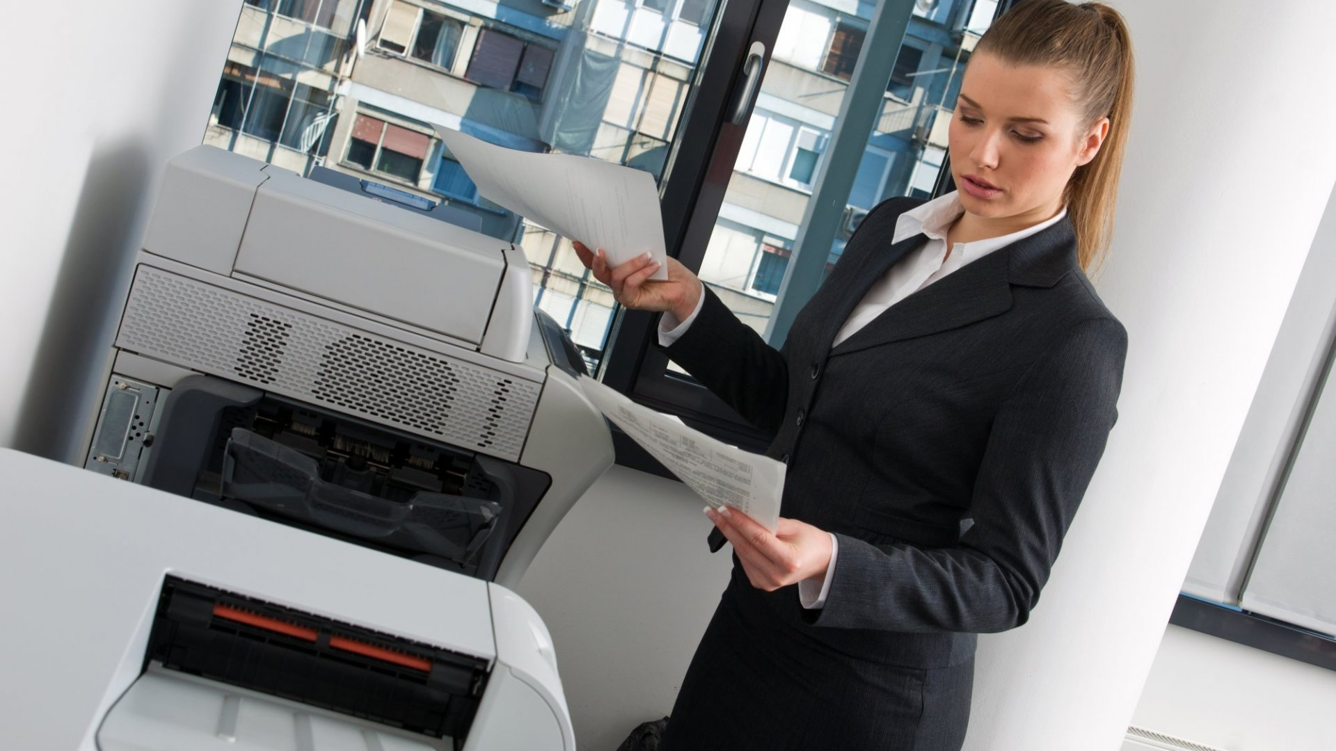 We're (Finally) Entering the Age of Paperless Offices
