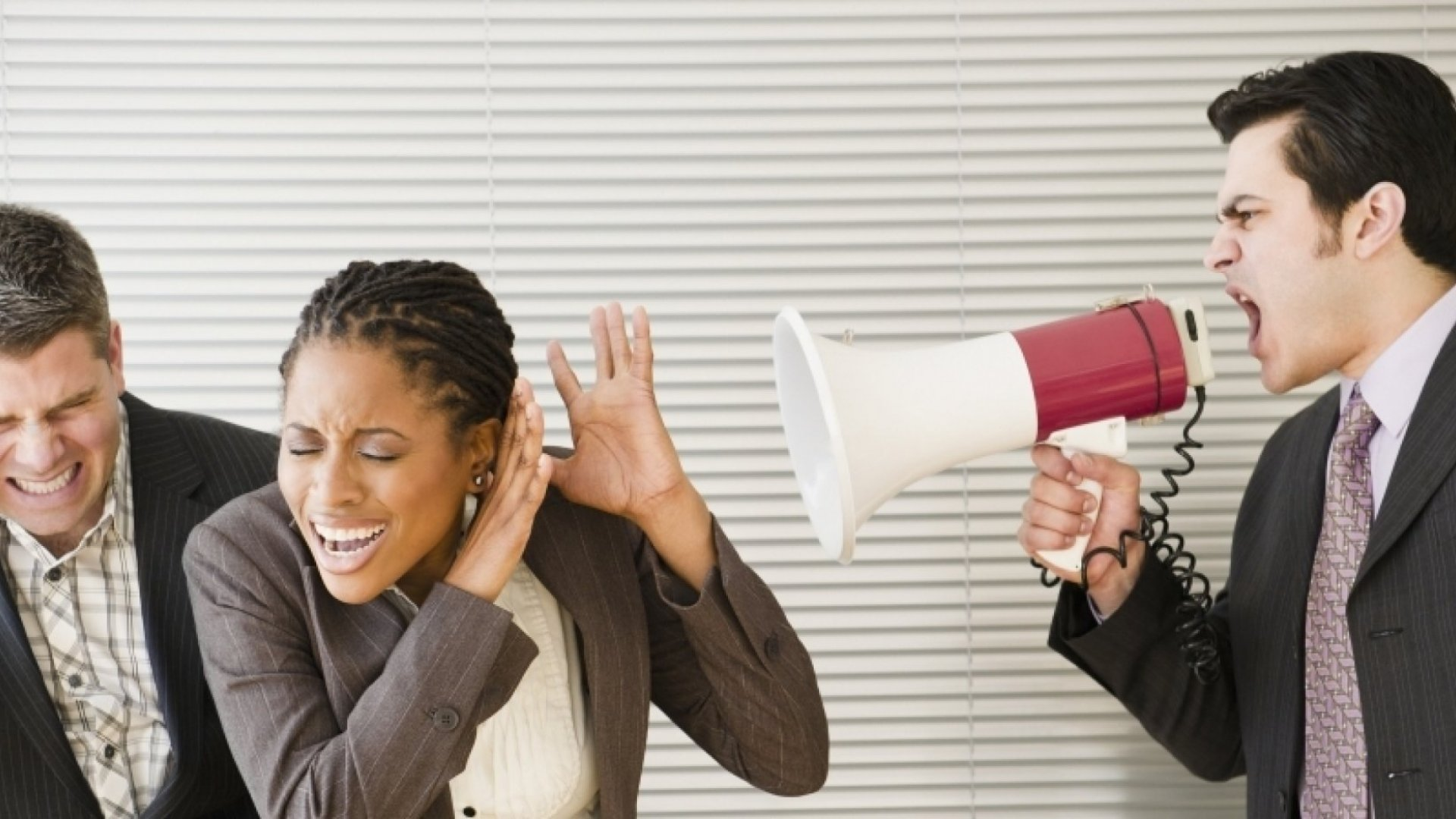 42 Sure-Fire Ways to Demoralize a Sales Team