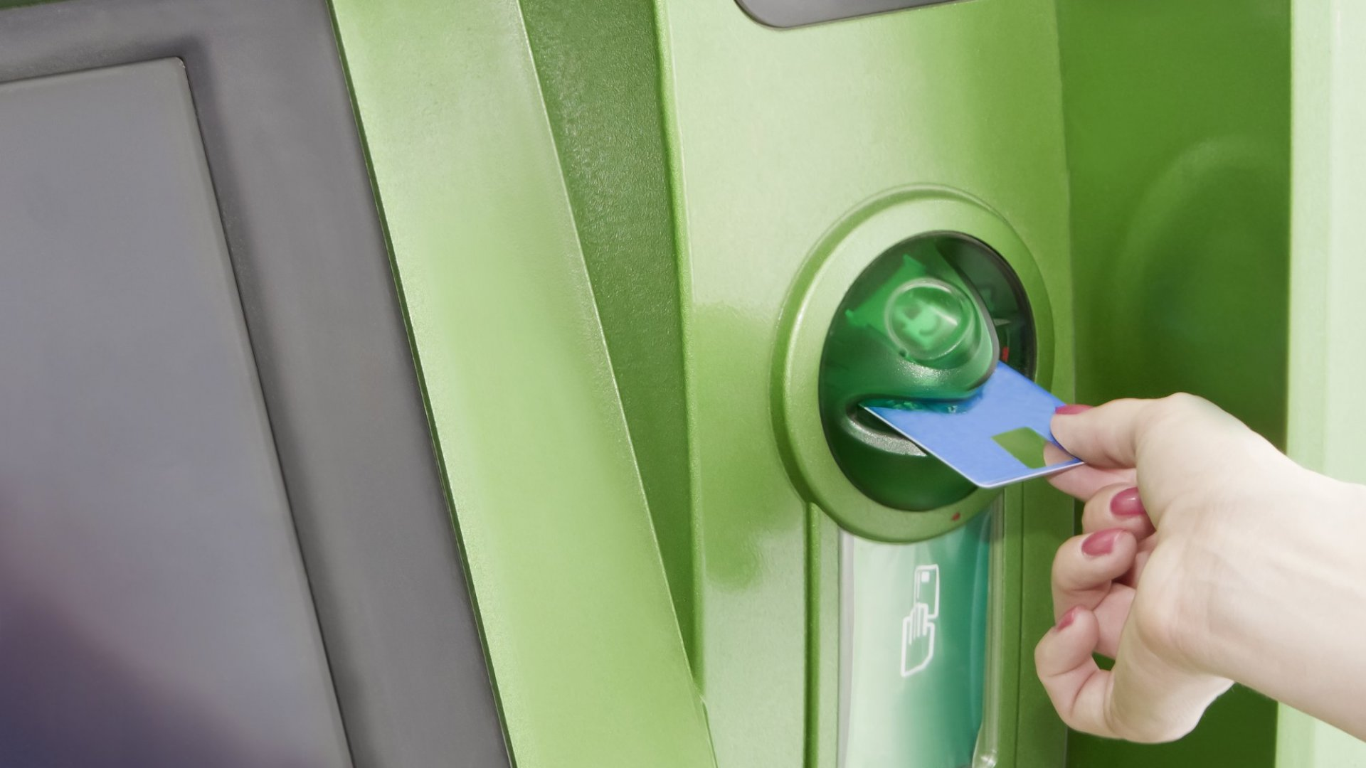 24 Million People Now Keep Their Money in Green Banks