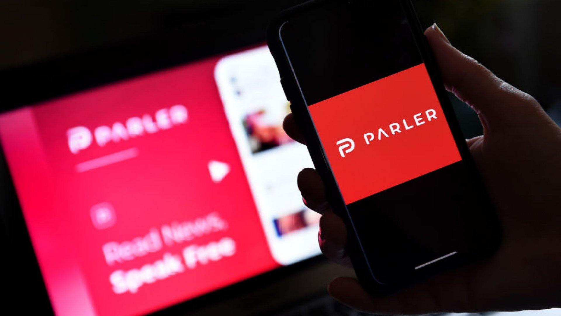 People Are Planning to Ditch Their iPhones Over Apple's Ban of Parler. That's a Terrible Idea