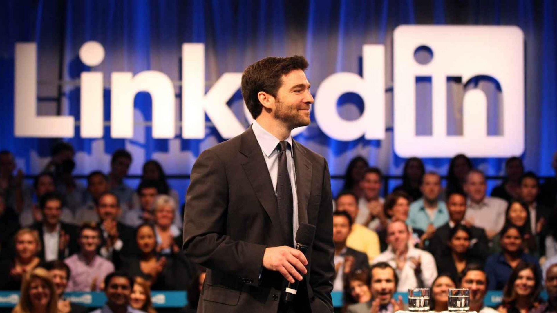 LinkedIn Reports Higher Than Expected Earnings, Revenue