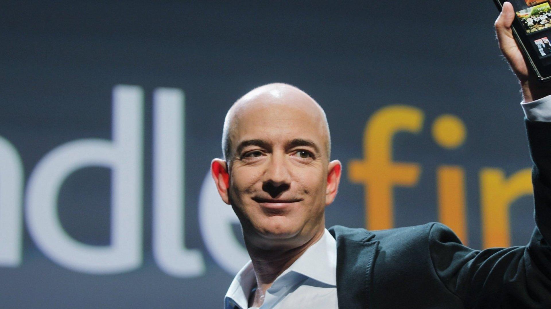 Amazon's Quarterly Earnings Continue to Rise Towards $1 Billion Mark