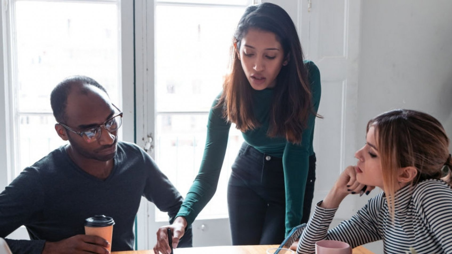 How Emotionally Intelligent Leaders Give Feedback