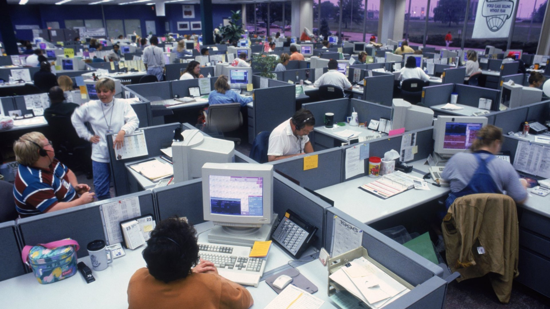 Everyone Hates Open Plan Offices Except CEOs
