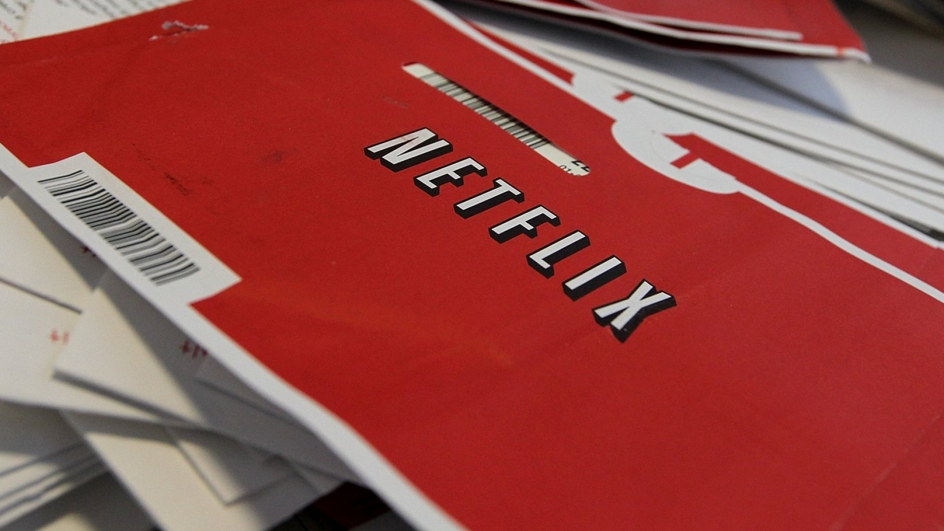 Netflix Just Announced Exactly How Many Red Envelopes it Has Shipped in the Past 21 Years