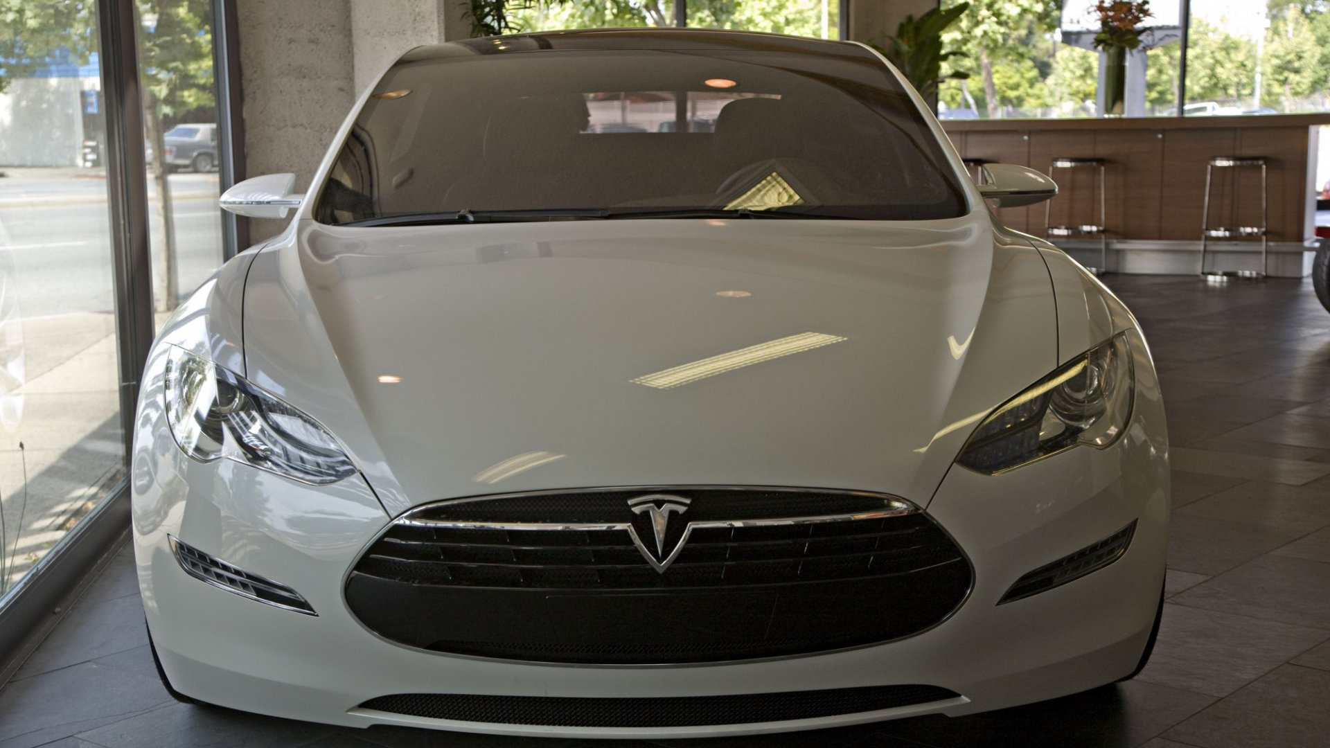 6 Things I've Learned Driving a Tesla for Work