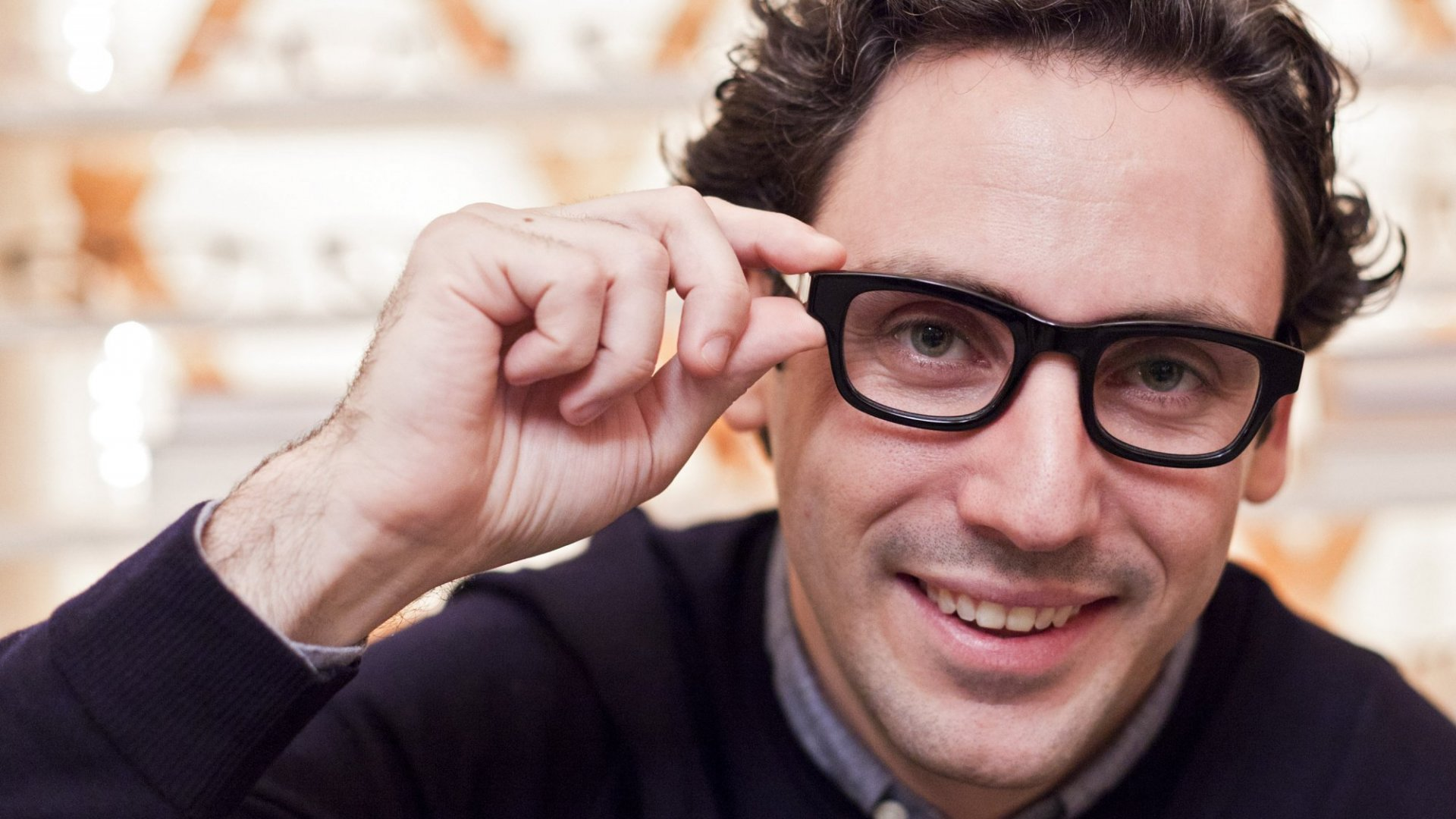 How Warby Parker Took the Risk Out of Its Business