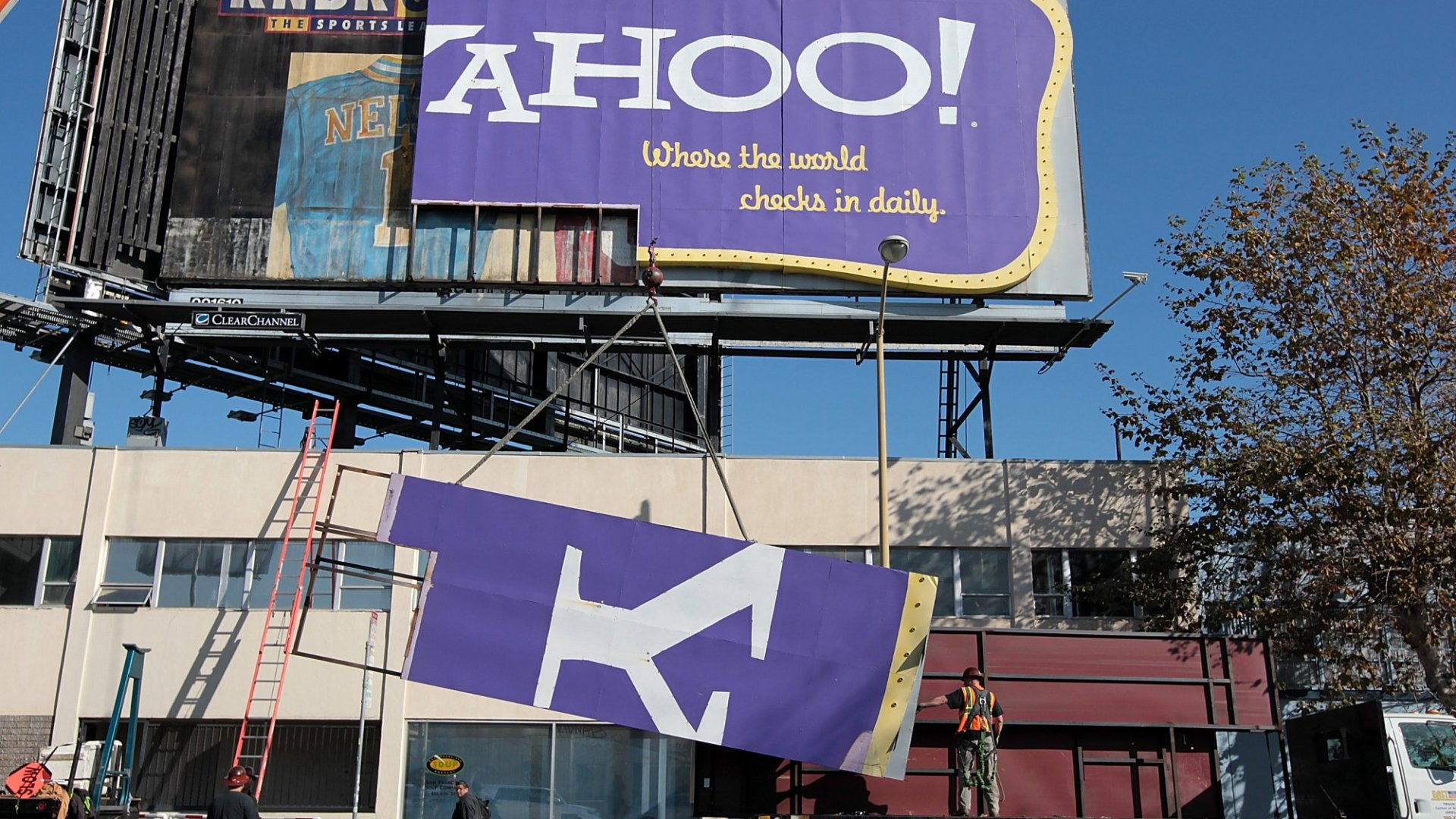 How Much Is Yahoo Worth? A Lot Less Than Many Thought