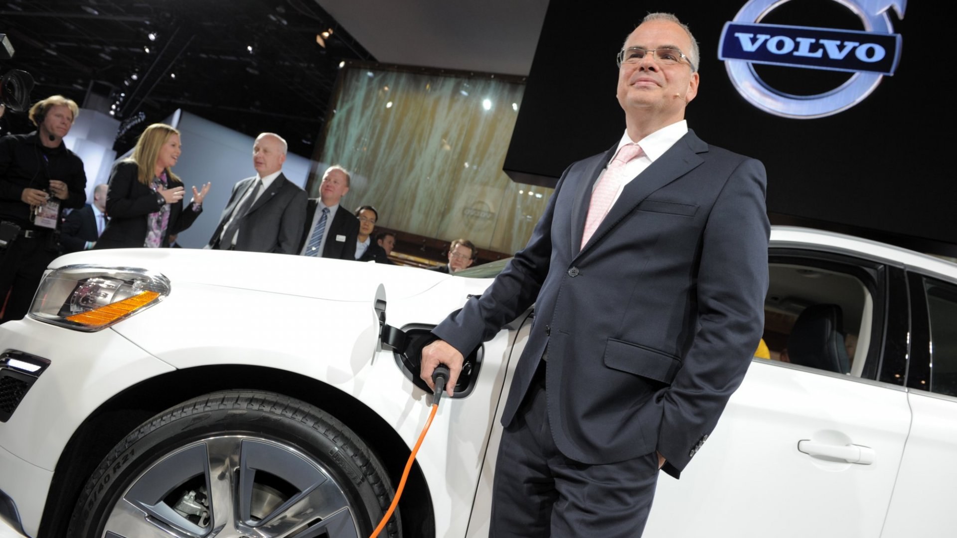 Volvo Will Be The First Premium Car Manufacturer To Go All Electric