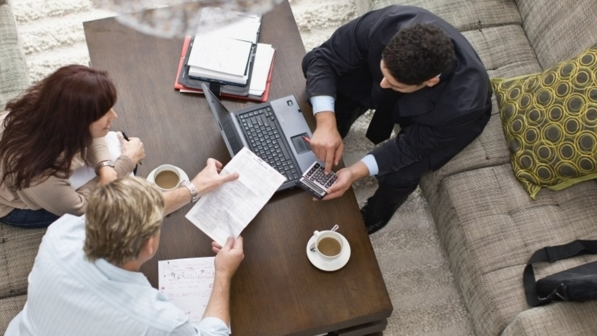 5 Questions You Must Ask Yourself Before Hiring a Consultant