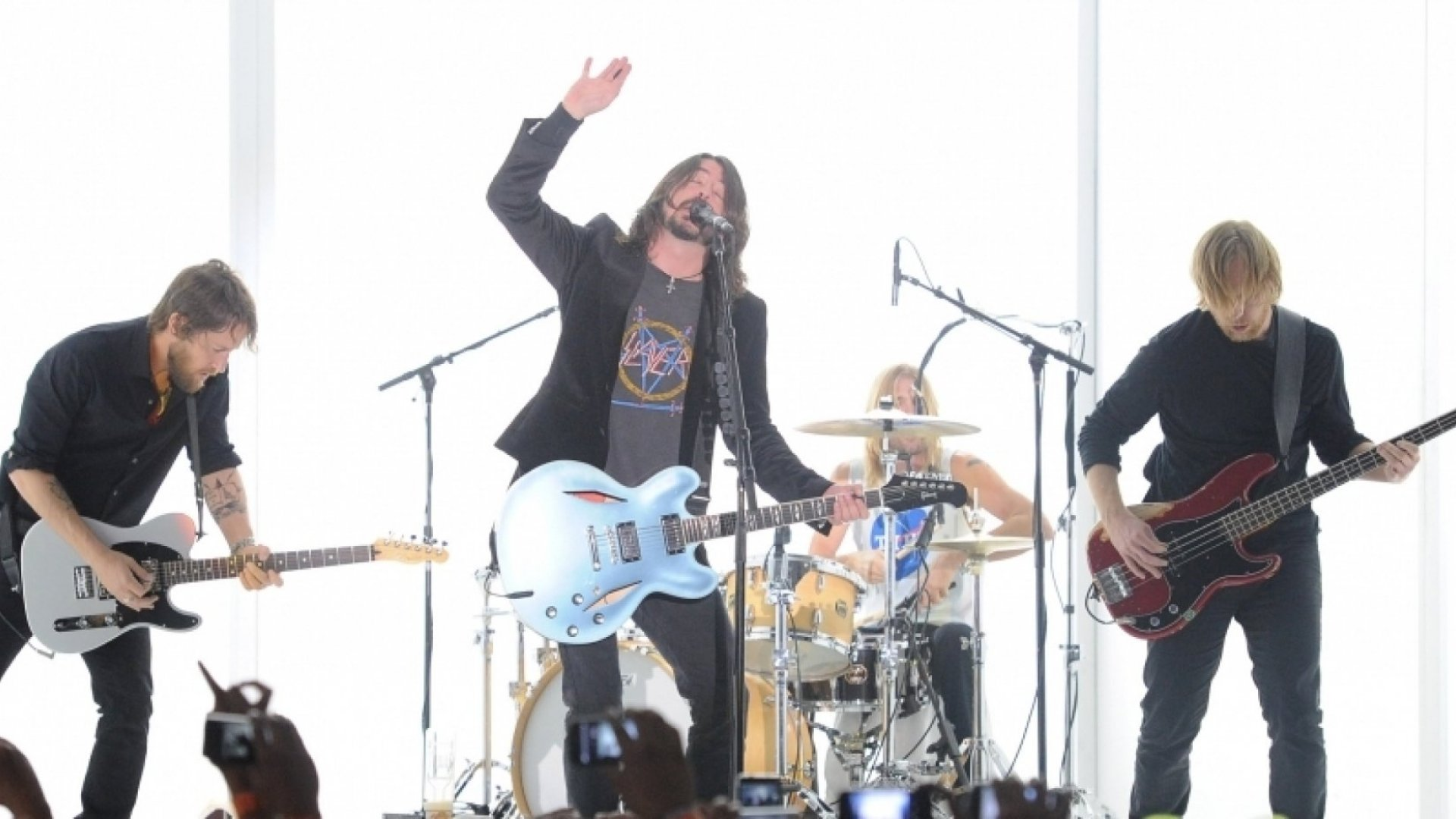3 Things Foo Fighters & Dr. Lew Can Teach You About Career Success