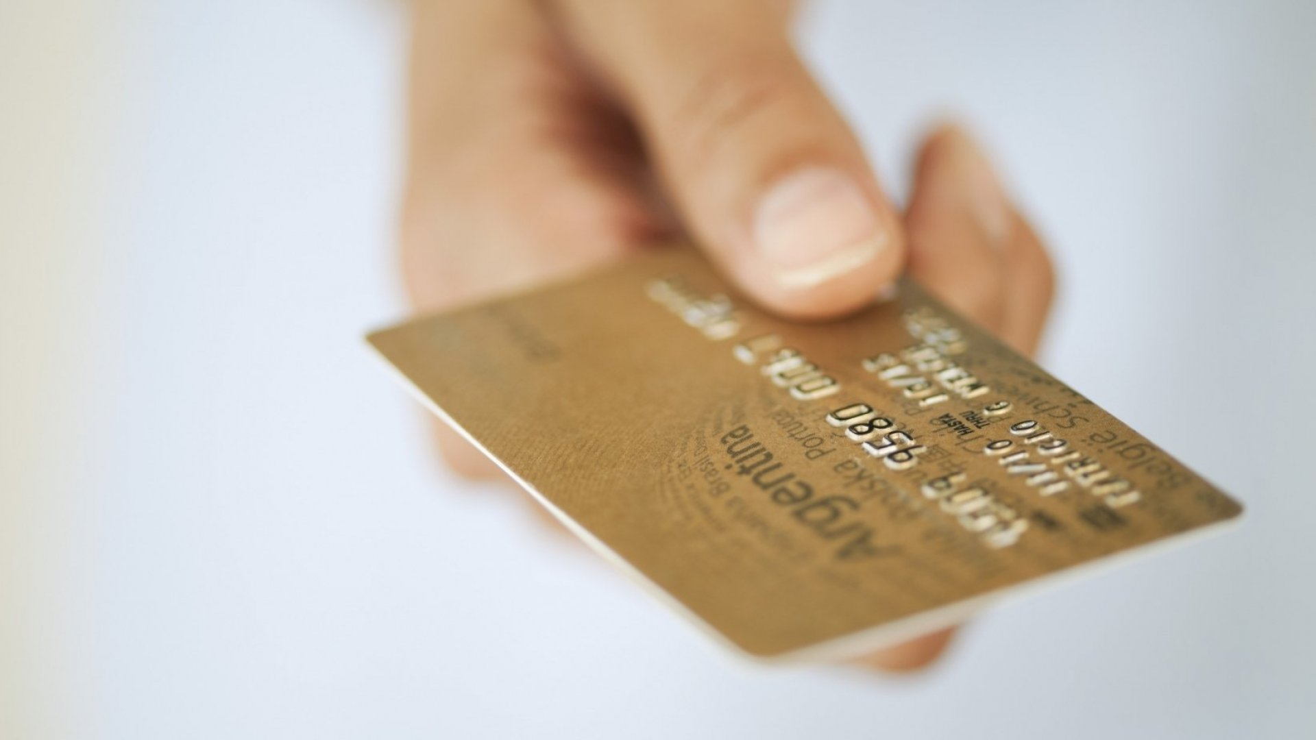 Thinking of Paying Employees With Prepaid Cards? Read This First