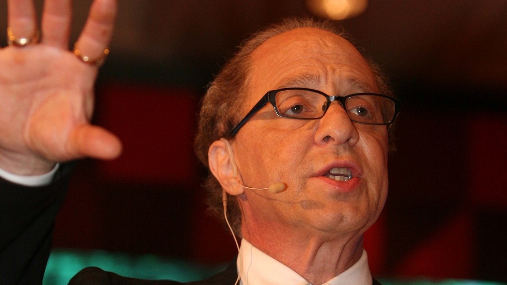 According to Peter Diamandis and Ray Kurzweil, These Are the Most Dangerous and Disruptive Ideas