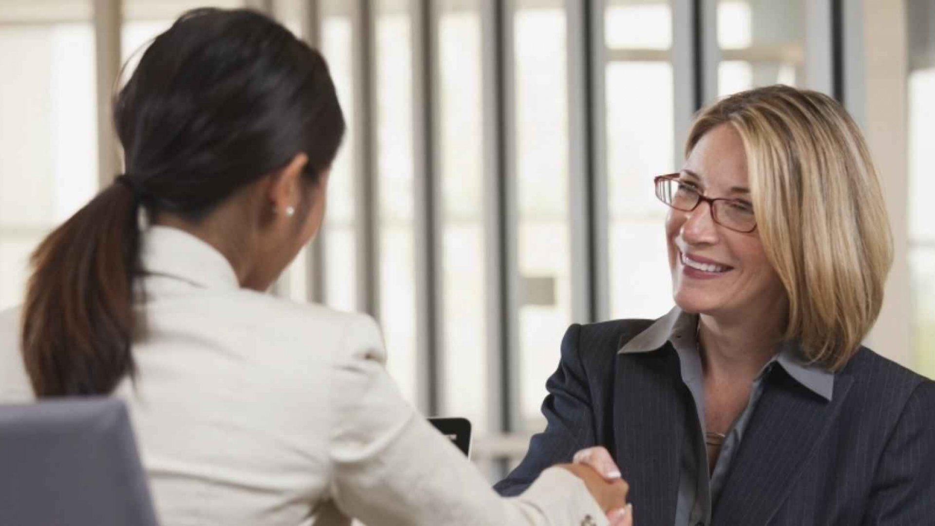 6 Steps to Hiring (and Retaining) Great Employees