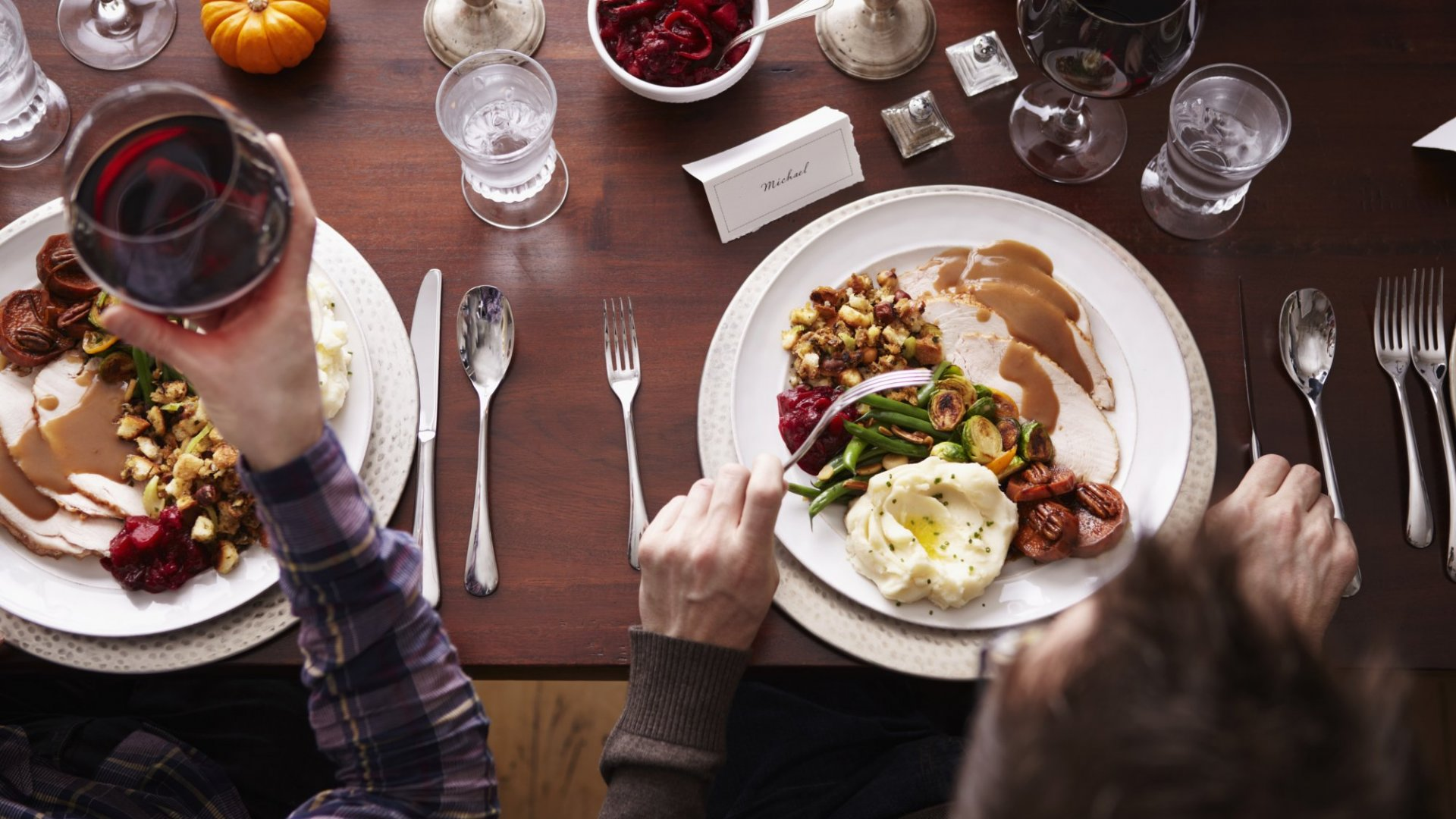 10 Ways to Win the Thanksgiving Argument