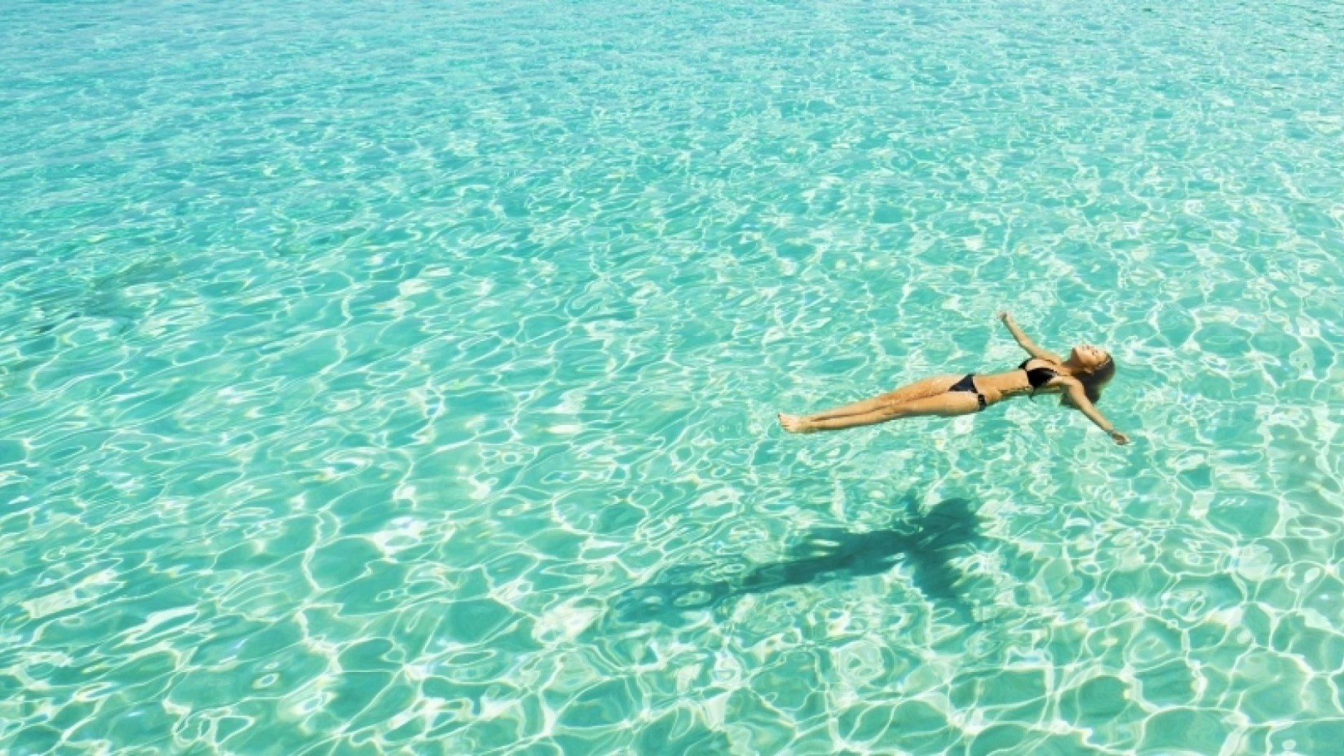 5 Surprisingly Good Reasons to Pay–Yes, Pay!–Employees to Go on Vacation