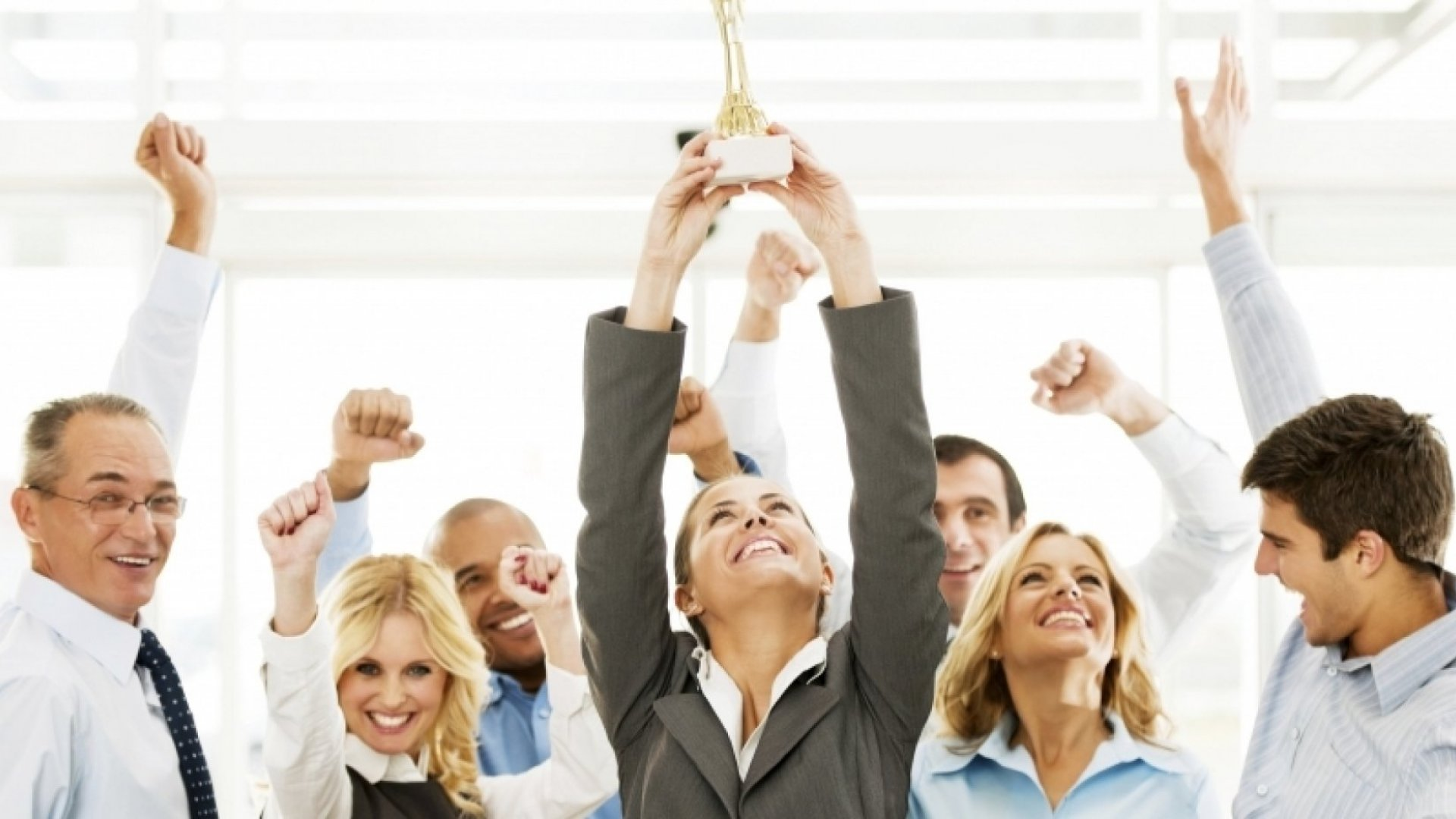5 Ways to Reward Your Employees Without a Raise