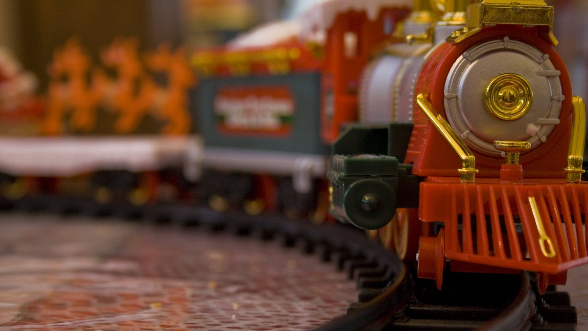 If You Like Model Trains, Now Is the Best Time to Buy