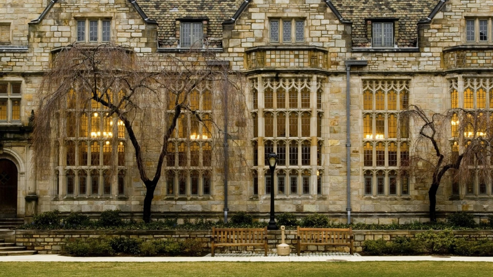 How These Two Top-Notch Universities Are Encouraging Entrepreneurship