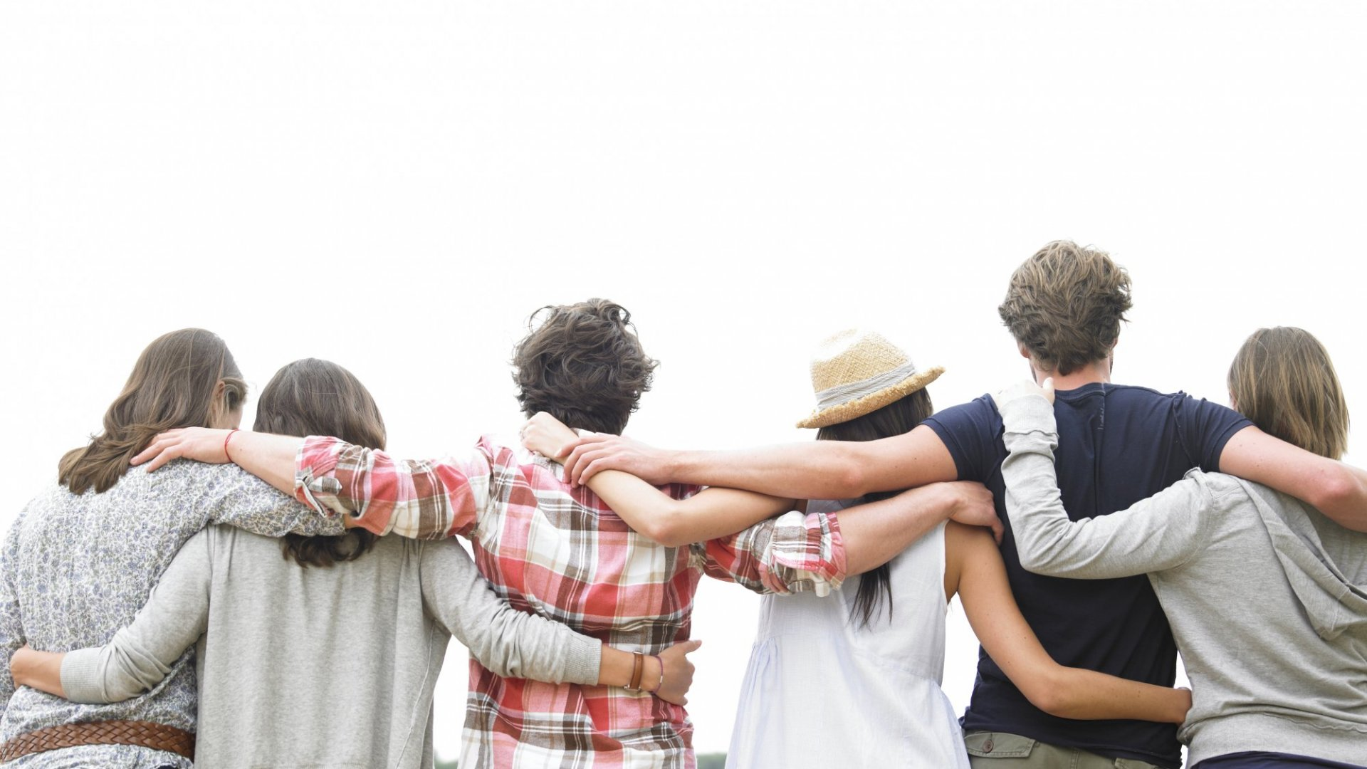 The Math is Clear: Having a Ton of Friends Means Having No Close Friendships