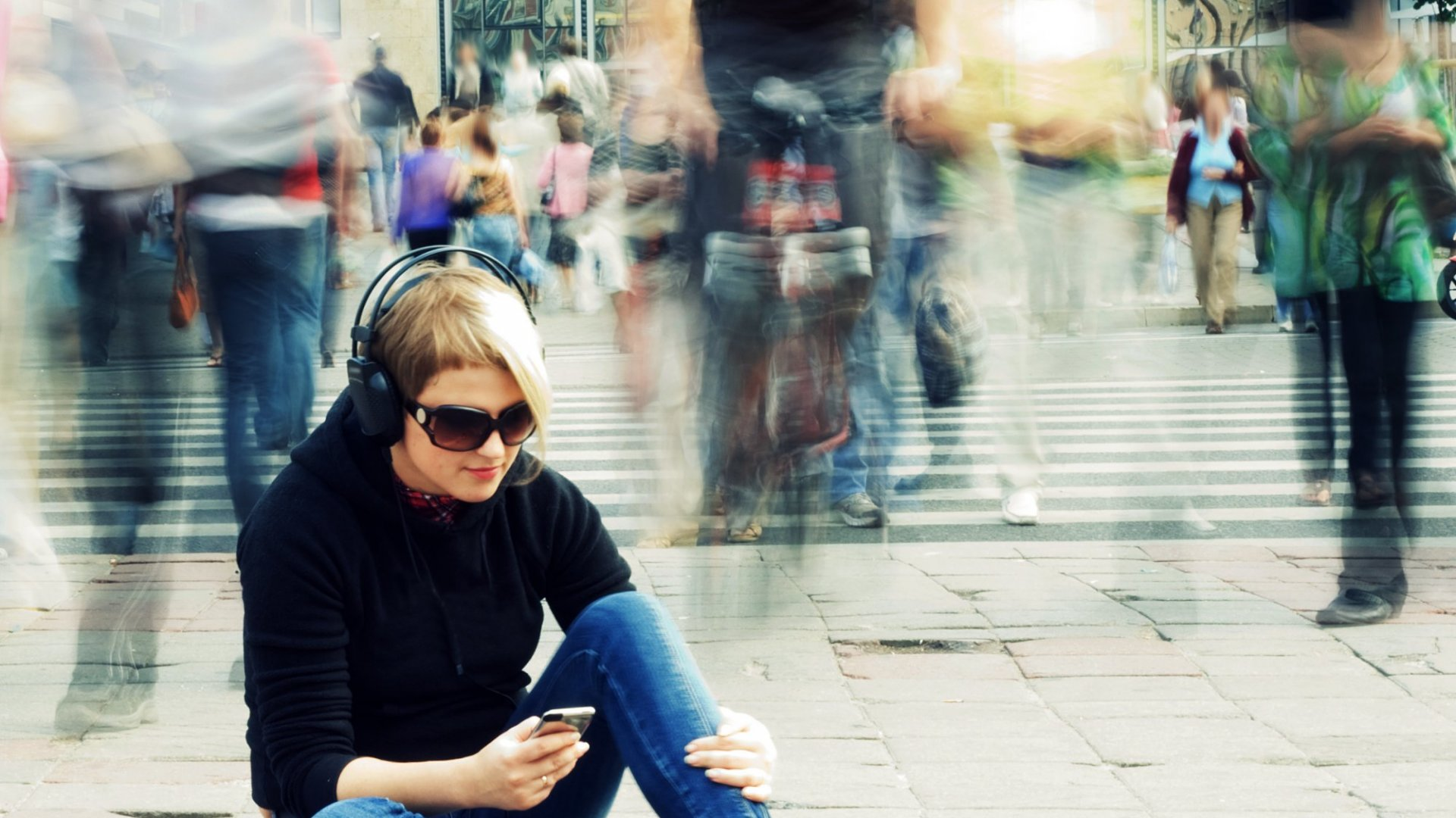 Why Speed Listening to Podcasts Is Genius (but Also a Little Messed Up)