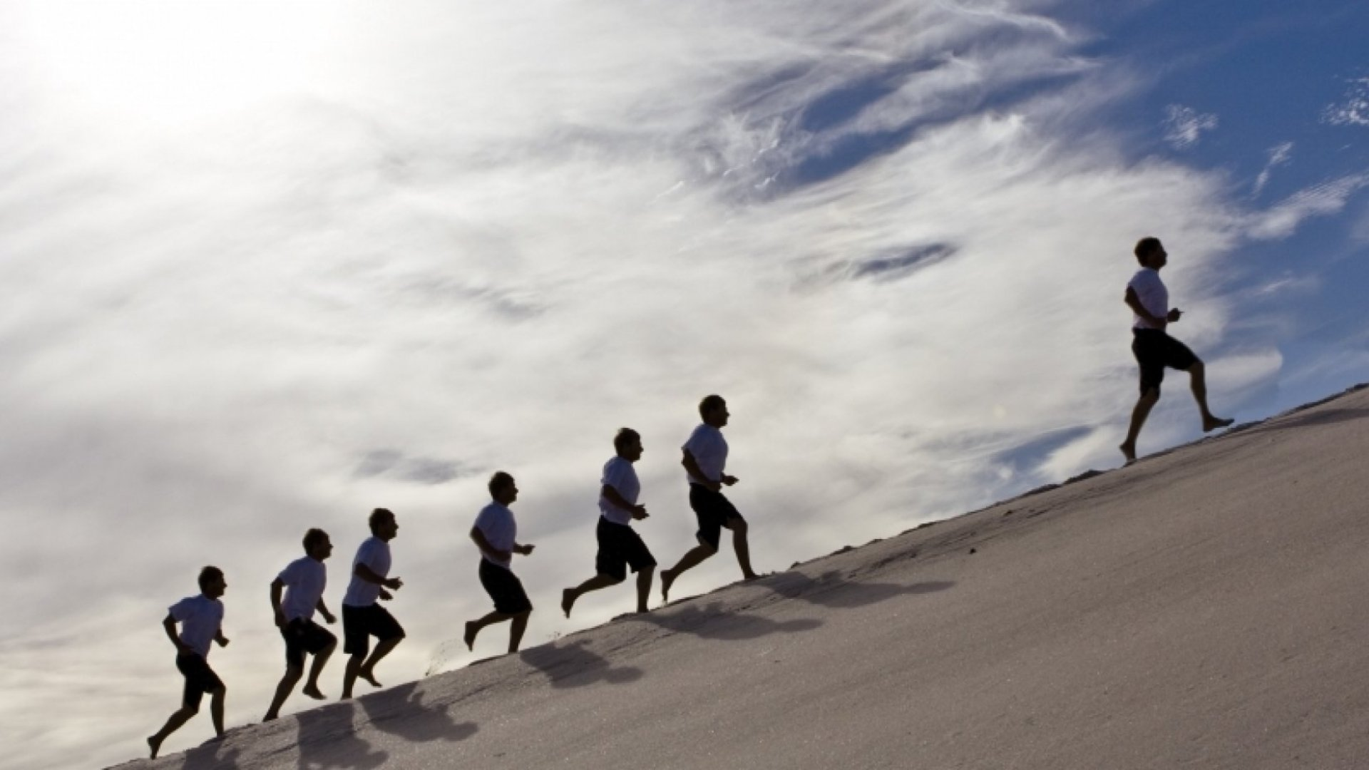 From Sales Rep to CEO: 5 Reasons Salespeople Make Great Leaders