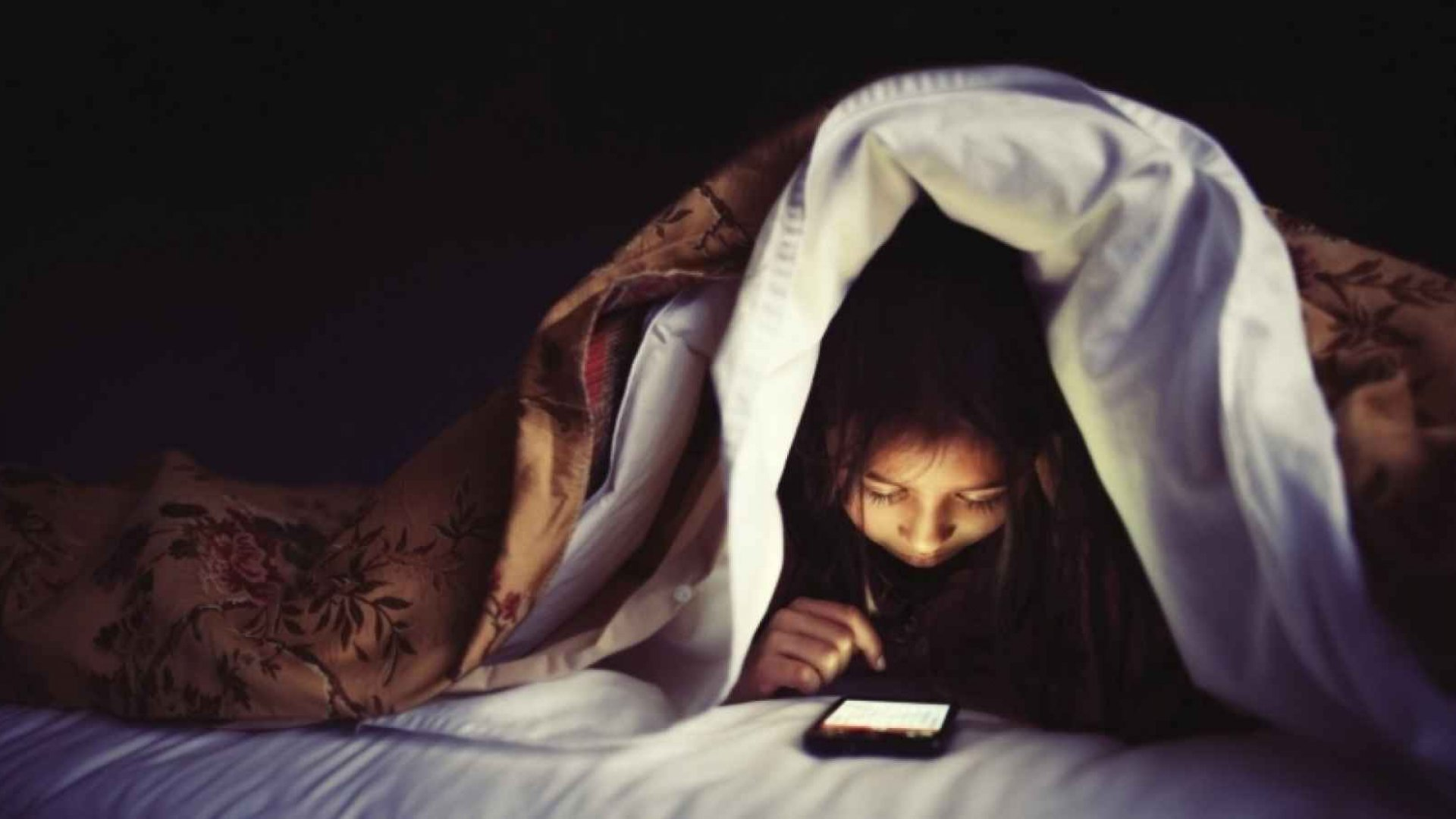 Is Social Media Messing With Your Sleep?