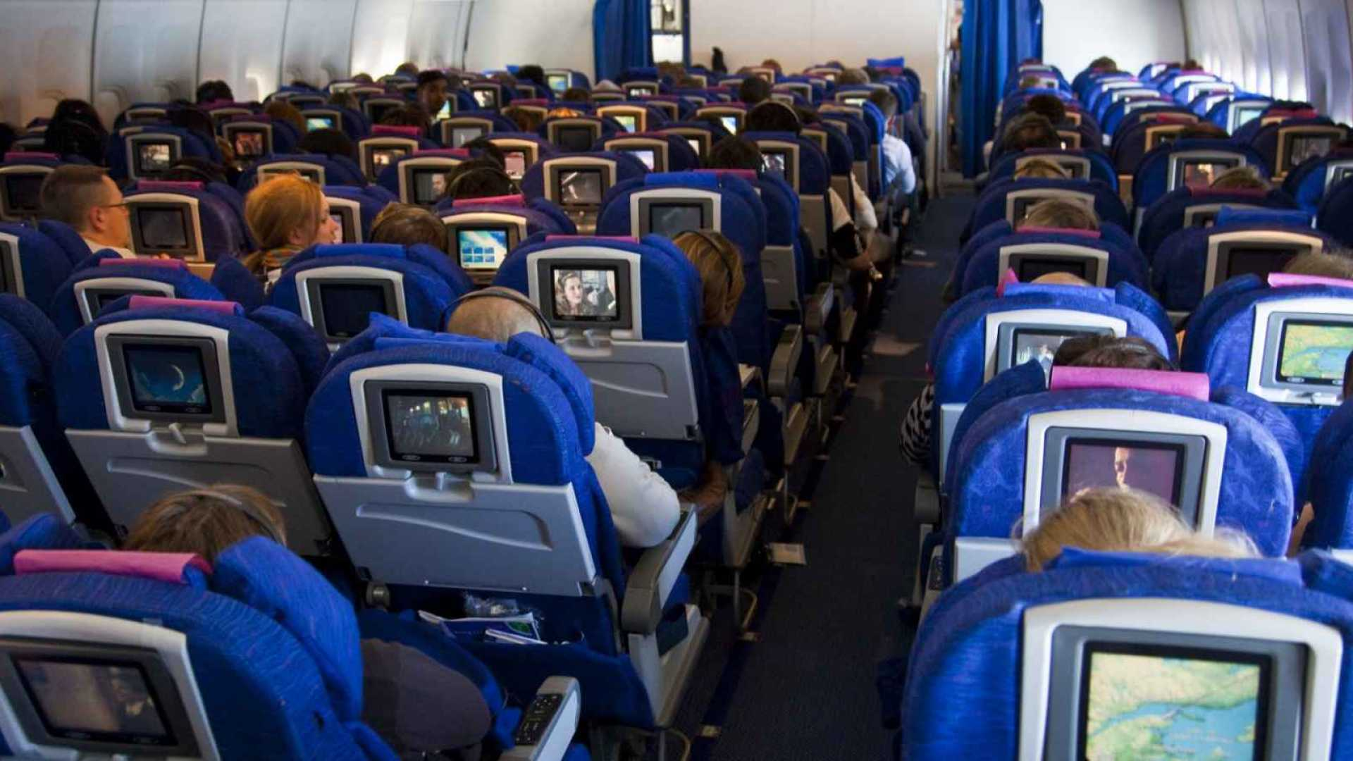 The Weirdest Things I Do on Flights (and You Should, Too)