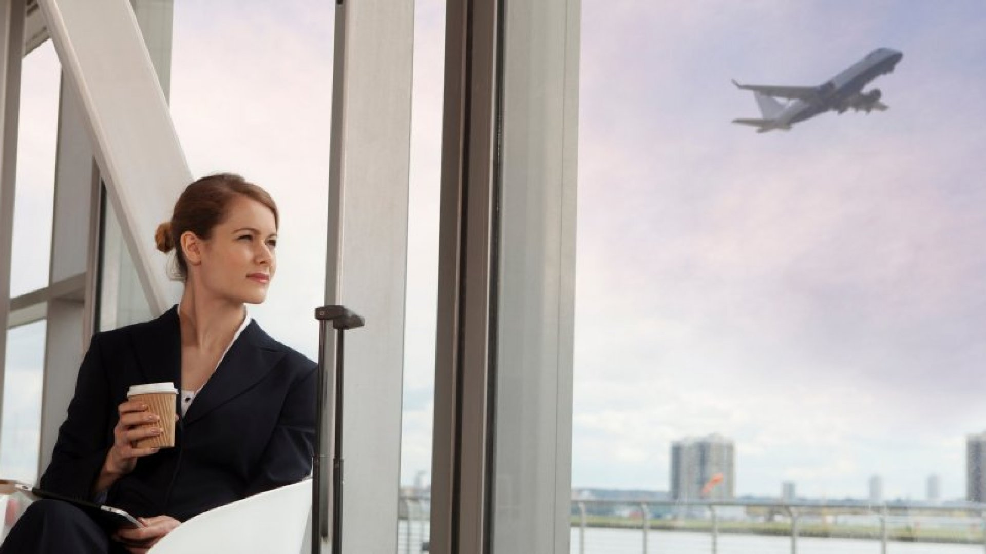 10 Business Travel Hacks That Can Save Your Company Tons of Money