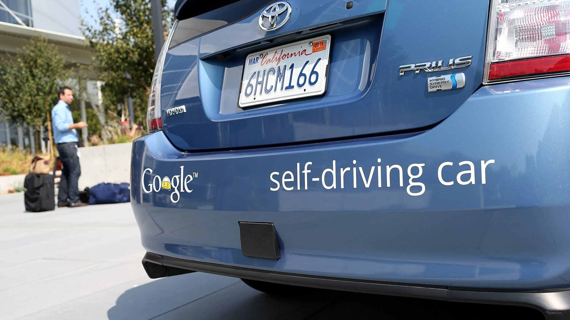 In Unprecedented Move, California Sets Rules for Self-Driving Cars