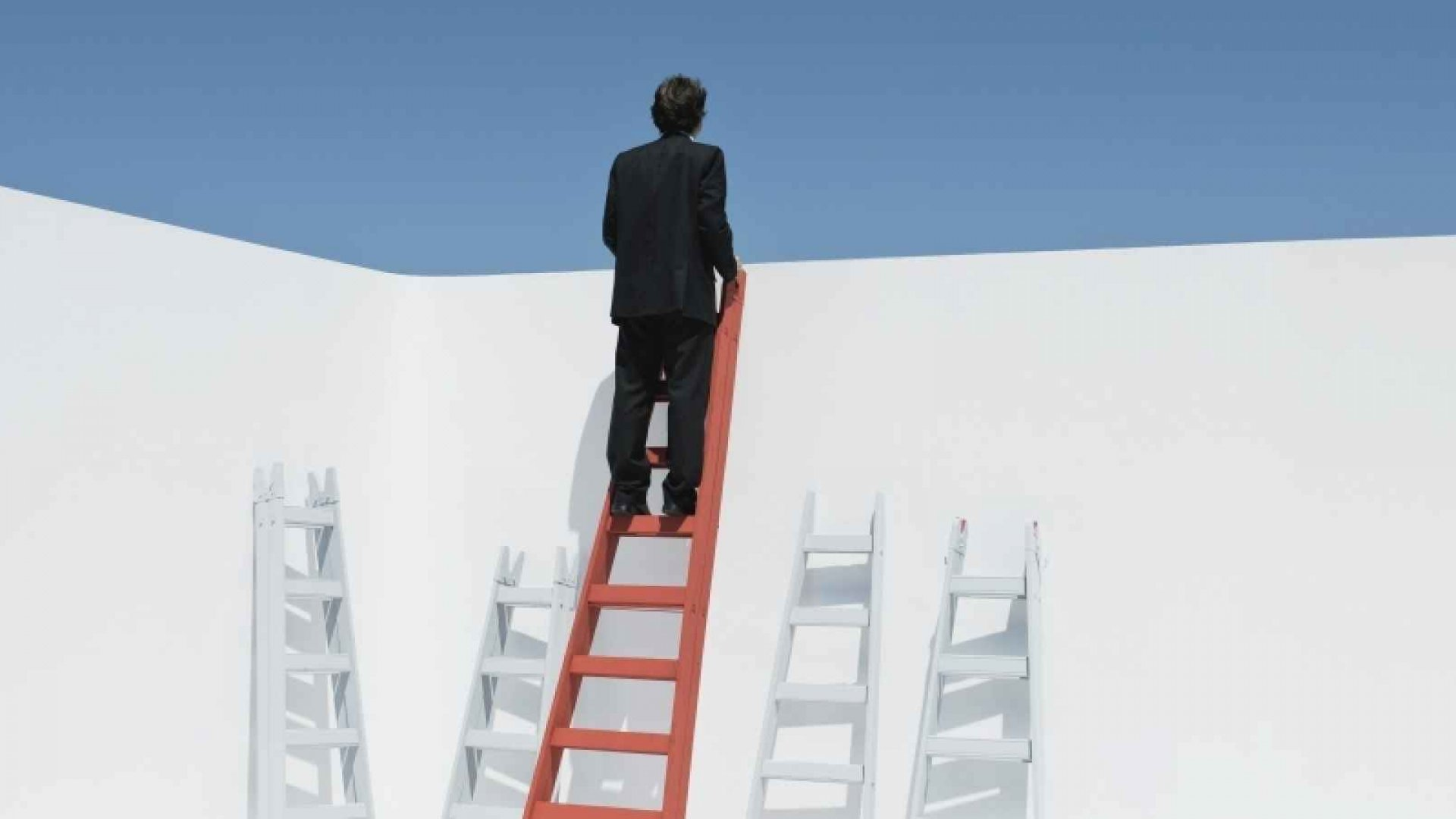 The Hierarchy Dilemma: The Challenge of Scaling Entrepreneurial Culture