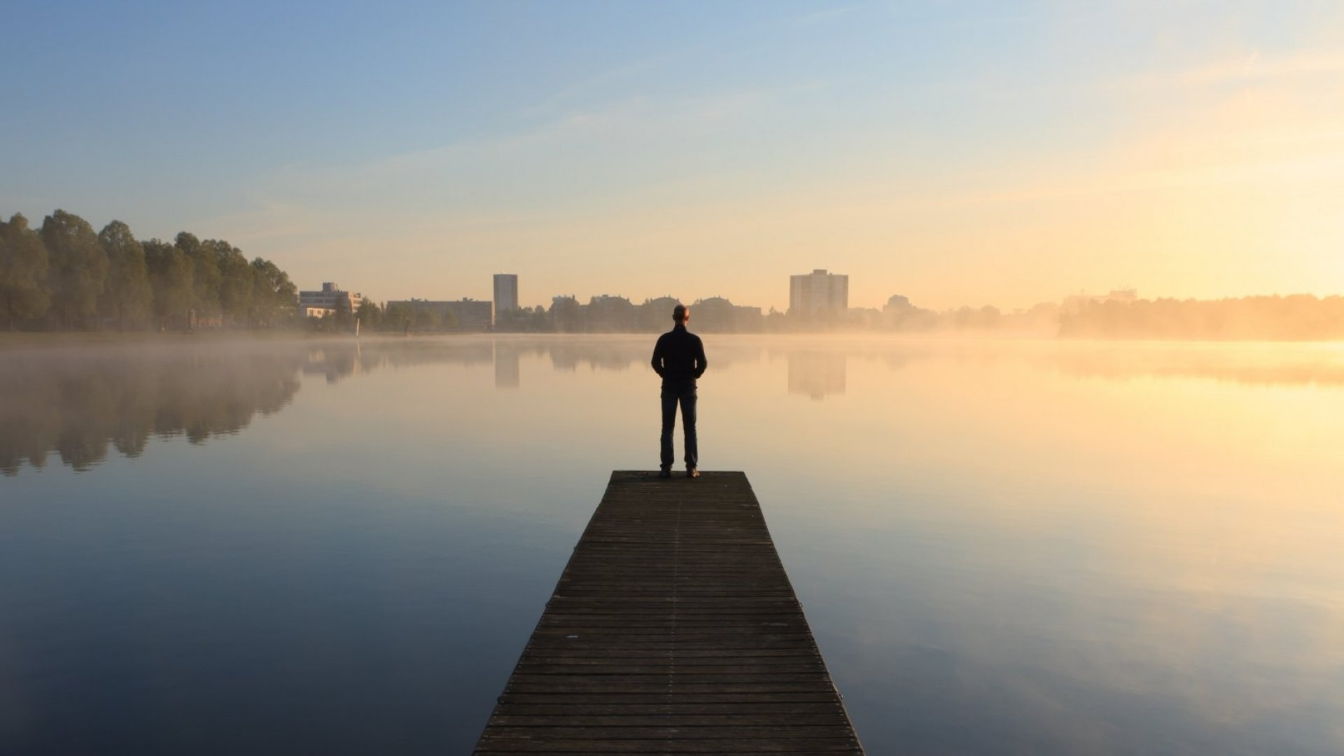 4 Simple Habits That Will Keep You Balanced and Re-energize Your Mind