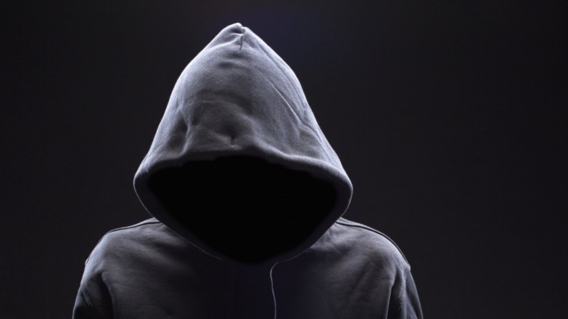 Hoodies and Laptop Stickers: The Meaning Behind the Tech Entrepreneur Look